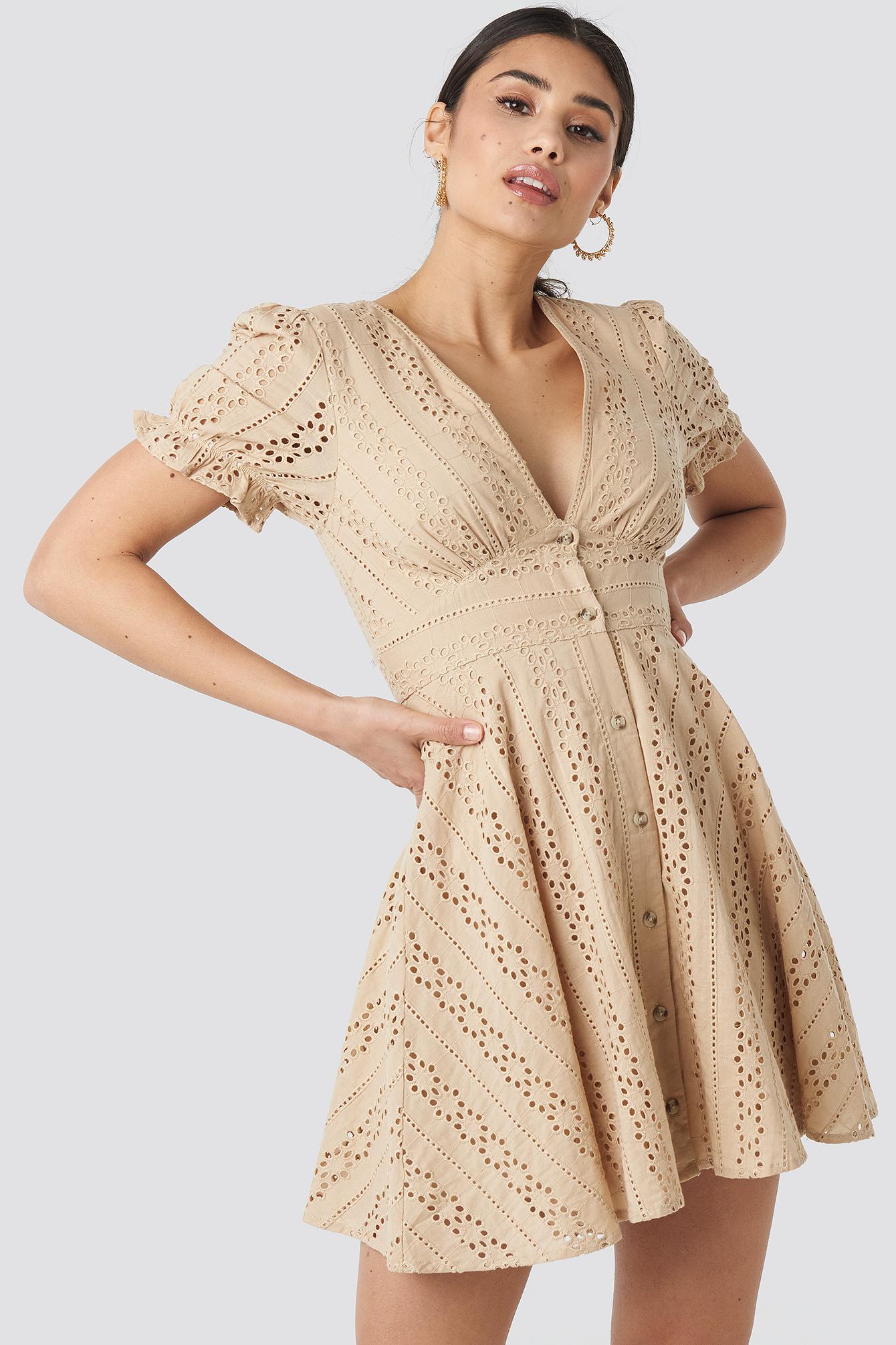 V-Neck Anglaise Mini Dress NA-KD.COM