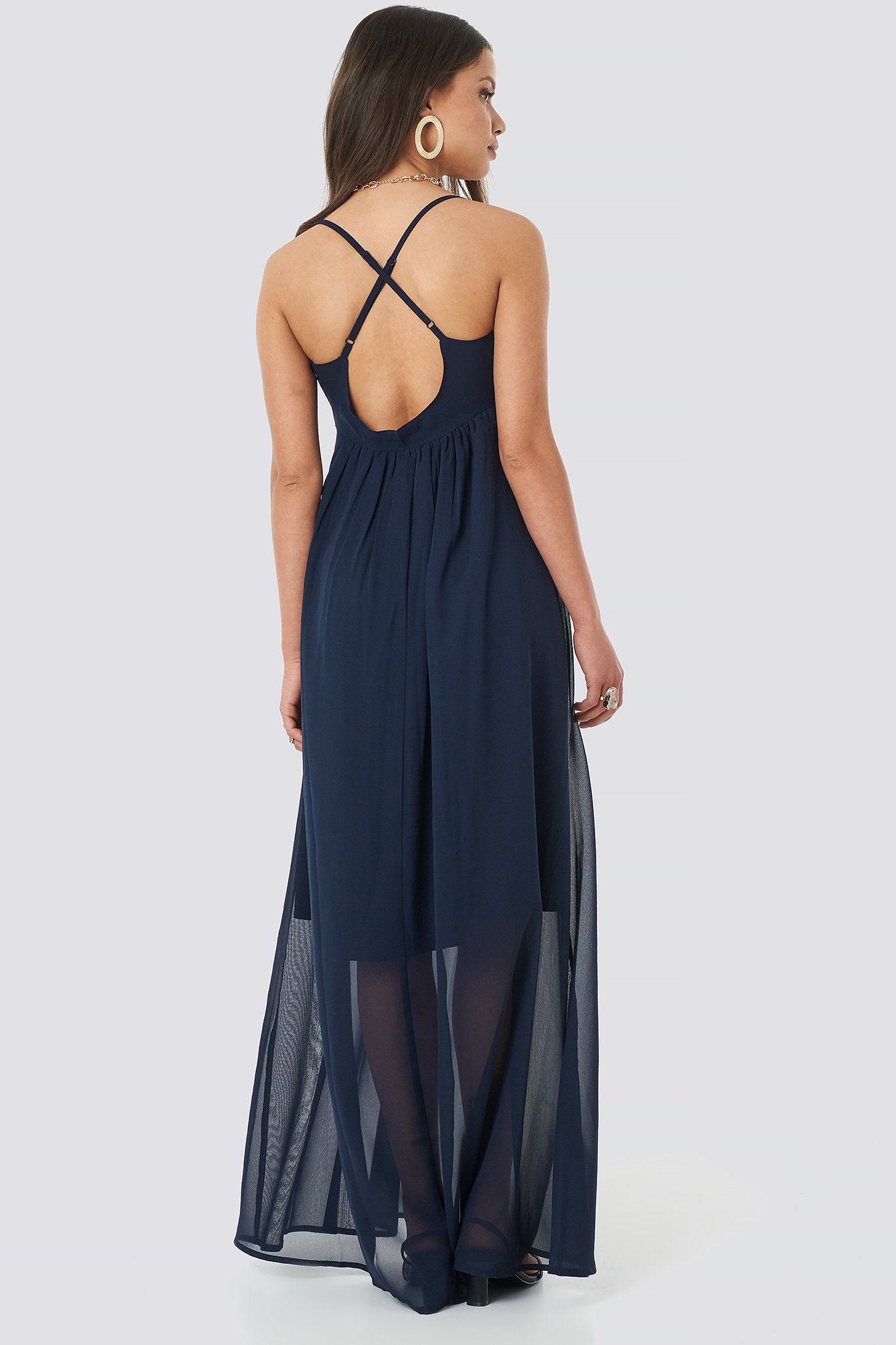 V-Neck Cross Back Maxi Dress NA-KD.COM