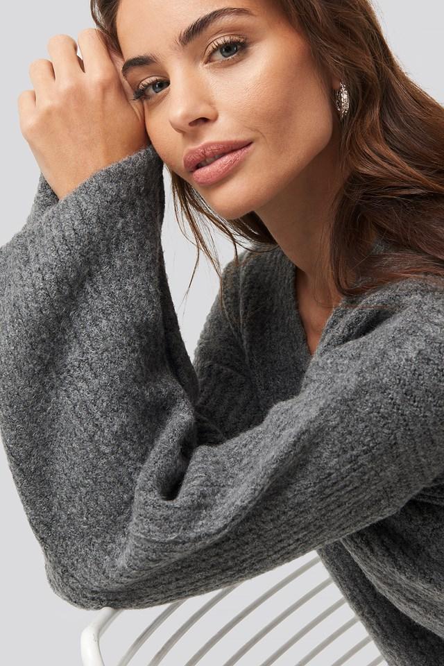 V Front Knit Okt Dark Grey