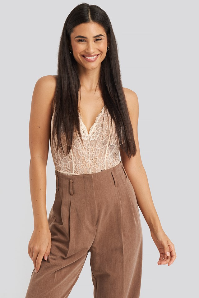 V-neck Lace Bodysuit Cream