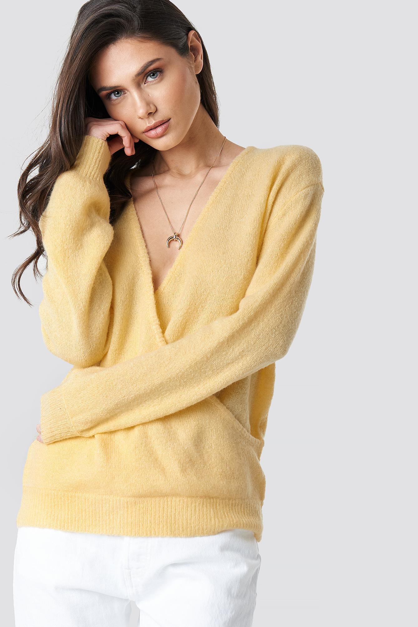 V-Neck Overlap Knitted Sweater NA-KD.COM