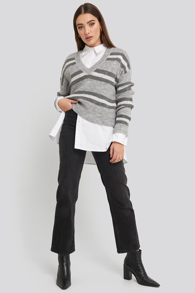V-neck Striped Knitted Sweater Grey