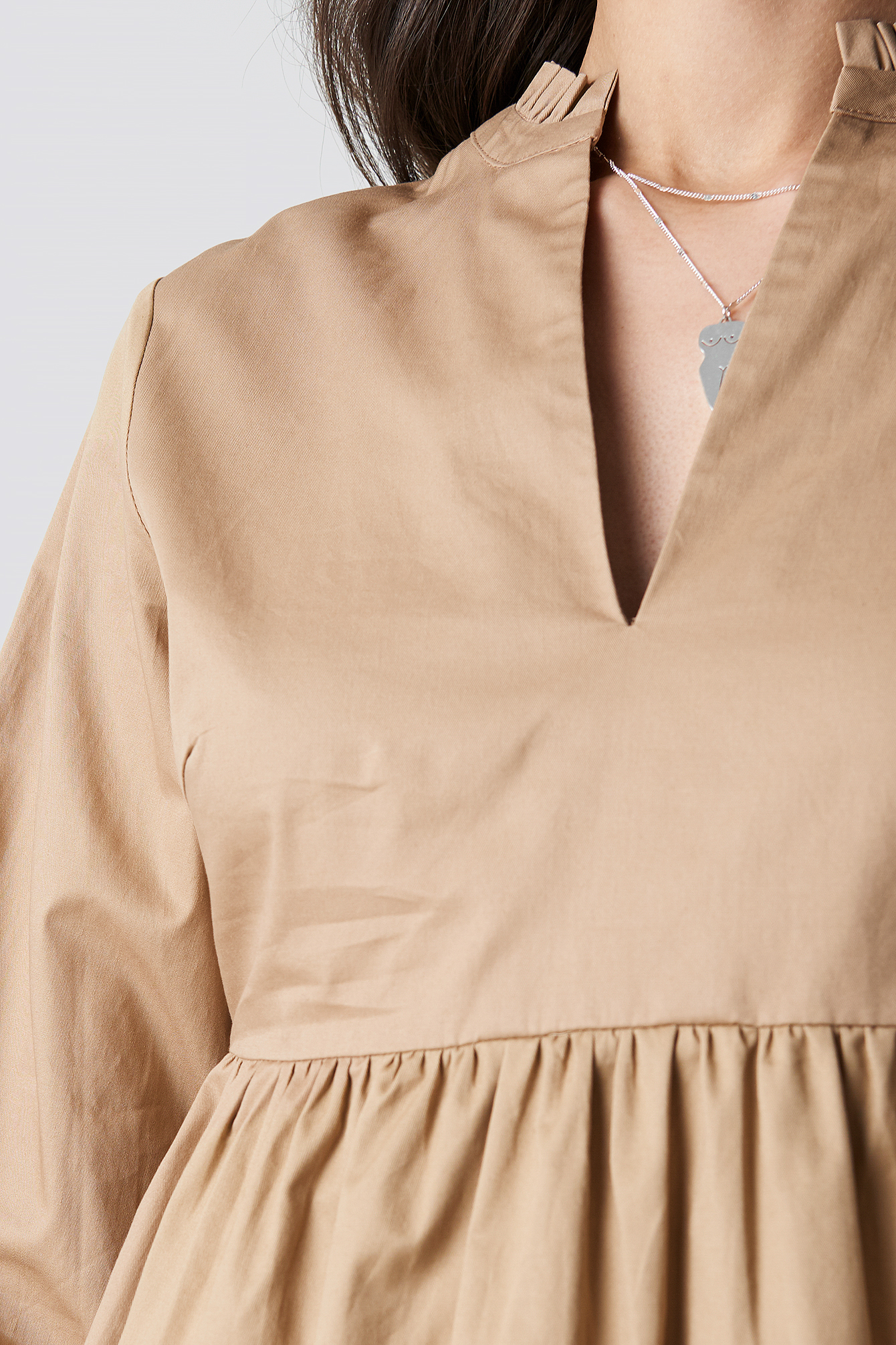V-Neck Volume Sleeve Mini Dress NA-KD.COM