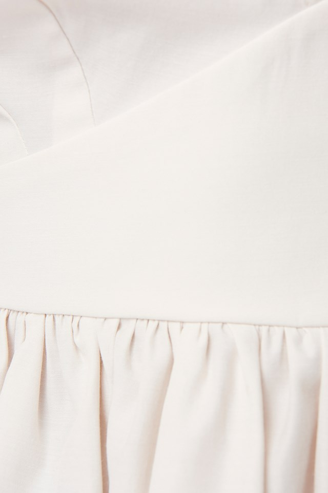 V-Neckline Balloon Sleeve Blouse Off White