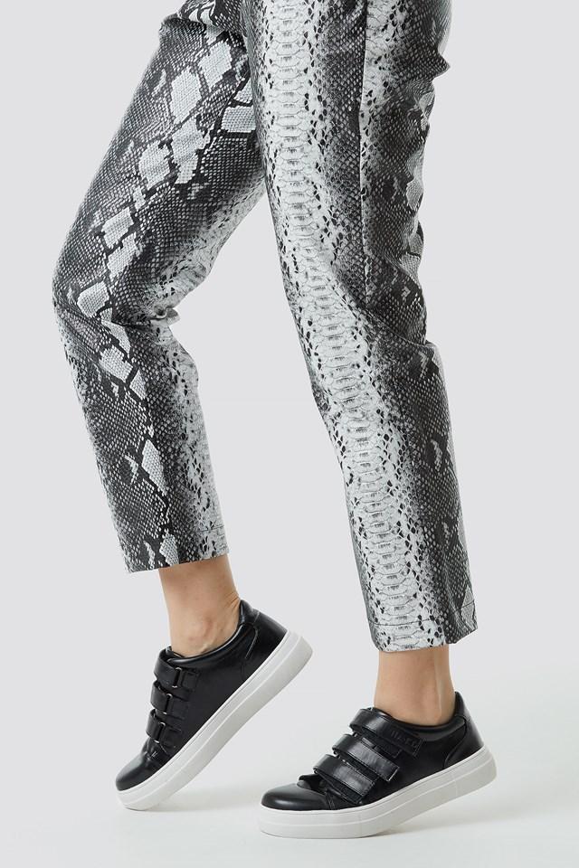 Velcro Sneakers Black