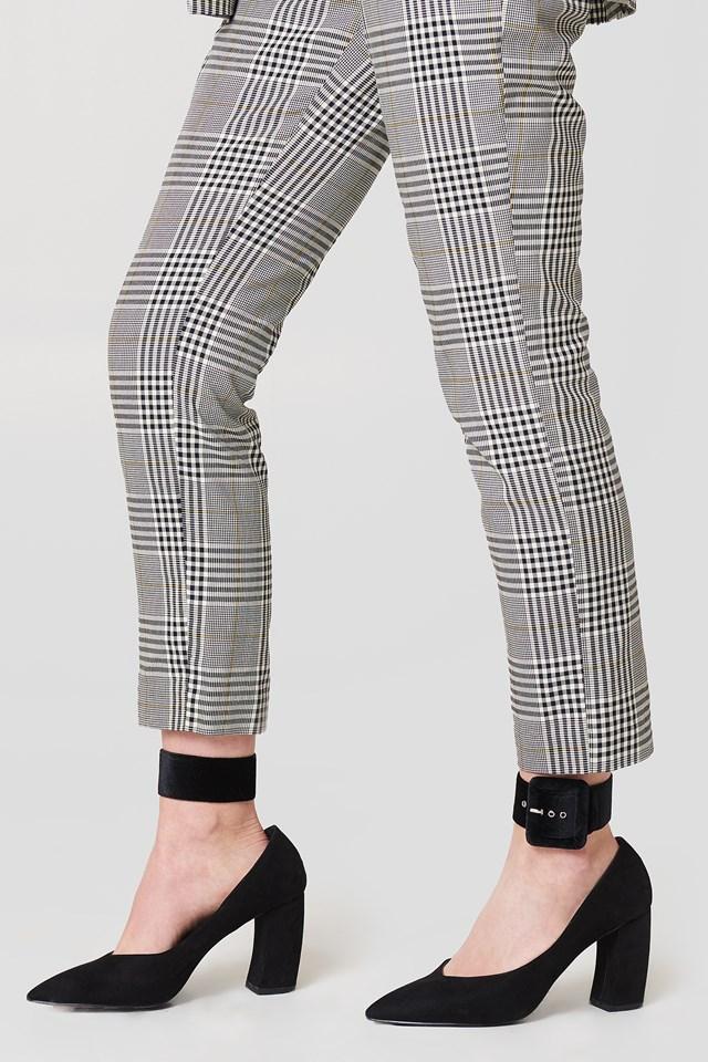 Velvet Ankle Cuffs Black