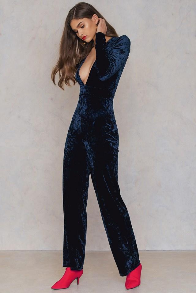 Velvet Jumpsuit NA-KD.COM