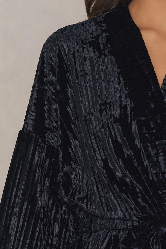 Velvet Kimono Black