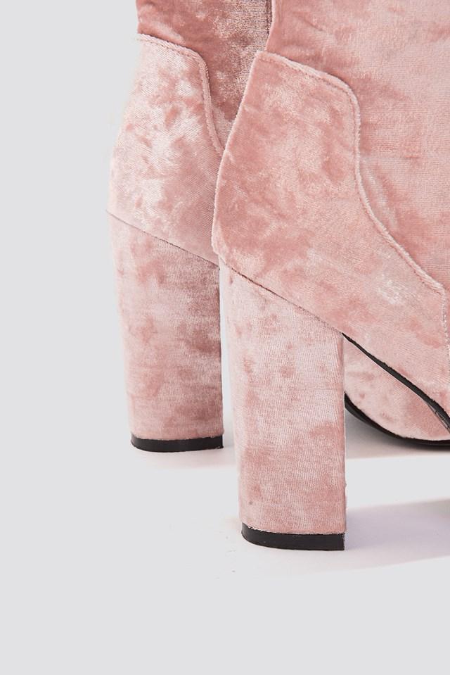 Velvet Mid Heel Boot Light Pink
