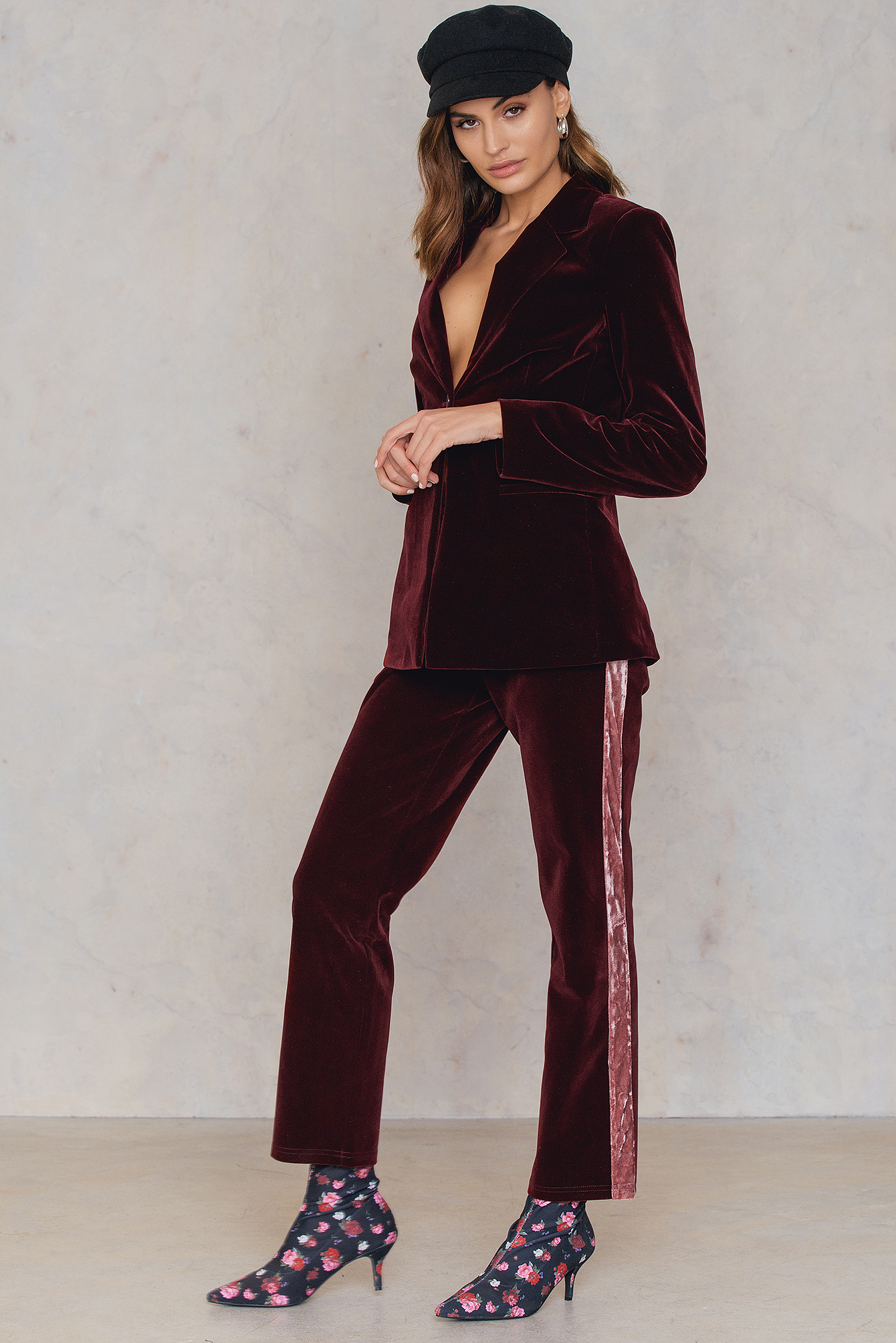 na-kd party -  Velvet Striped Trousers - Red