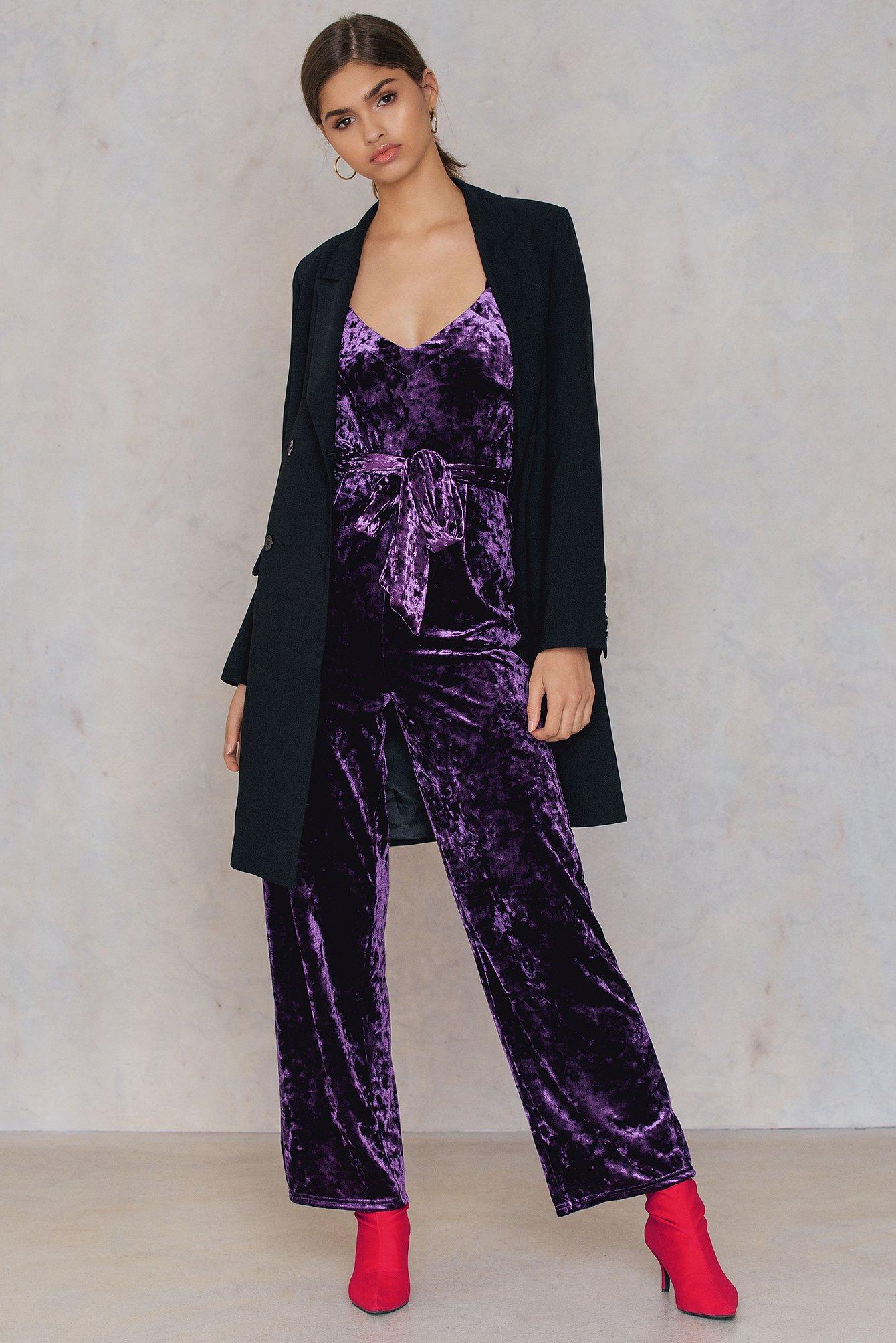 na-kd party -  Velvet Thin Strap Jumpsuit - Purple