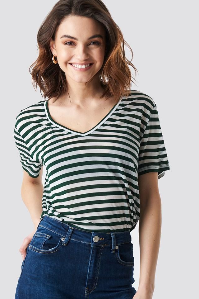 V-Neck Striped T-Shirt NA-KD.COM