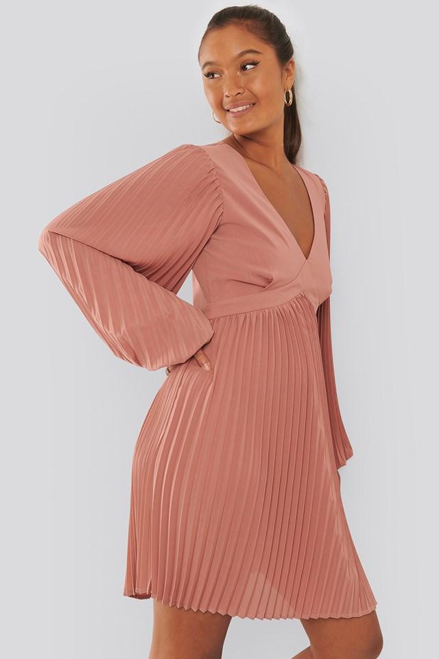 Volume Sleeve Pleated Skirt Dress Whiskey Rose