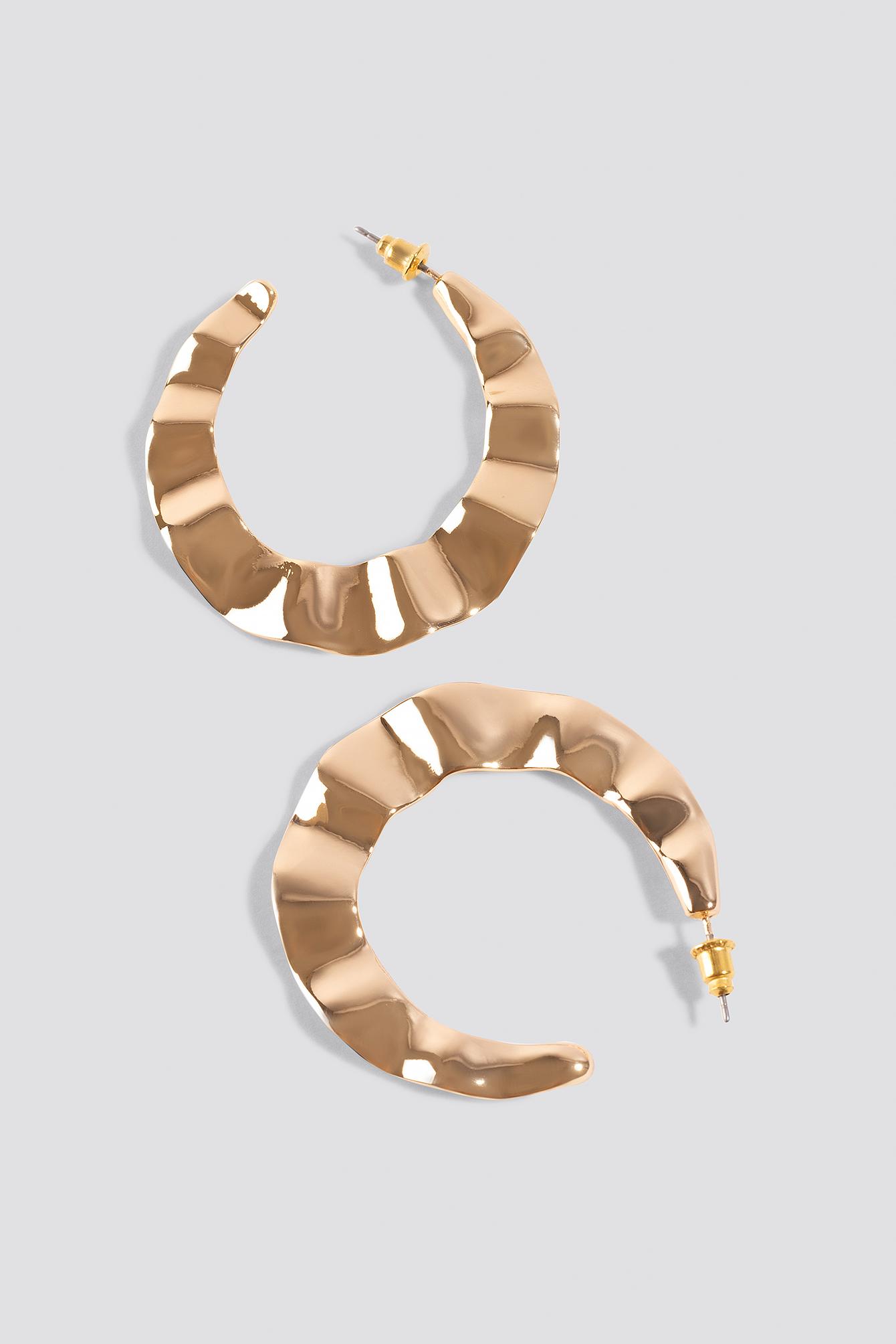 Wavy Flat Hoop Earrings NA-KD.COM