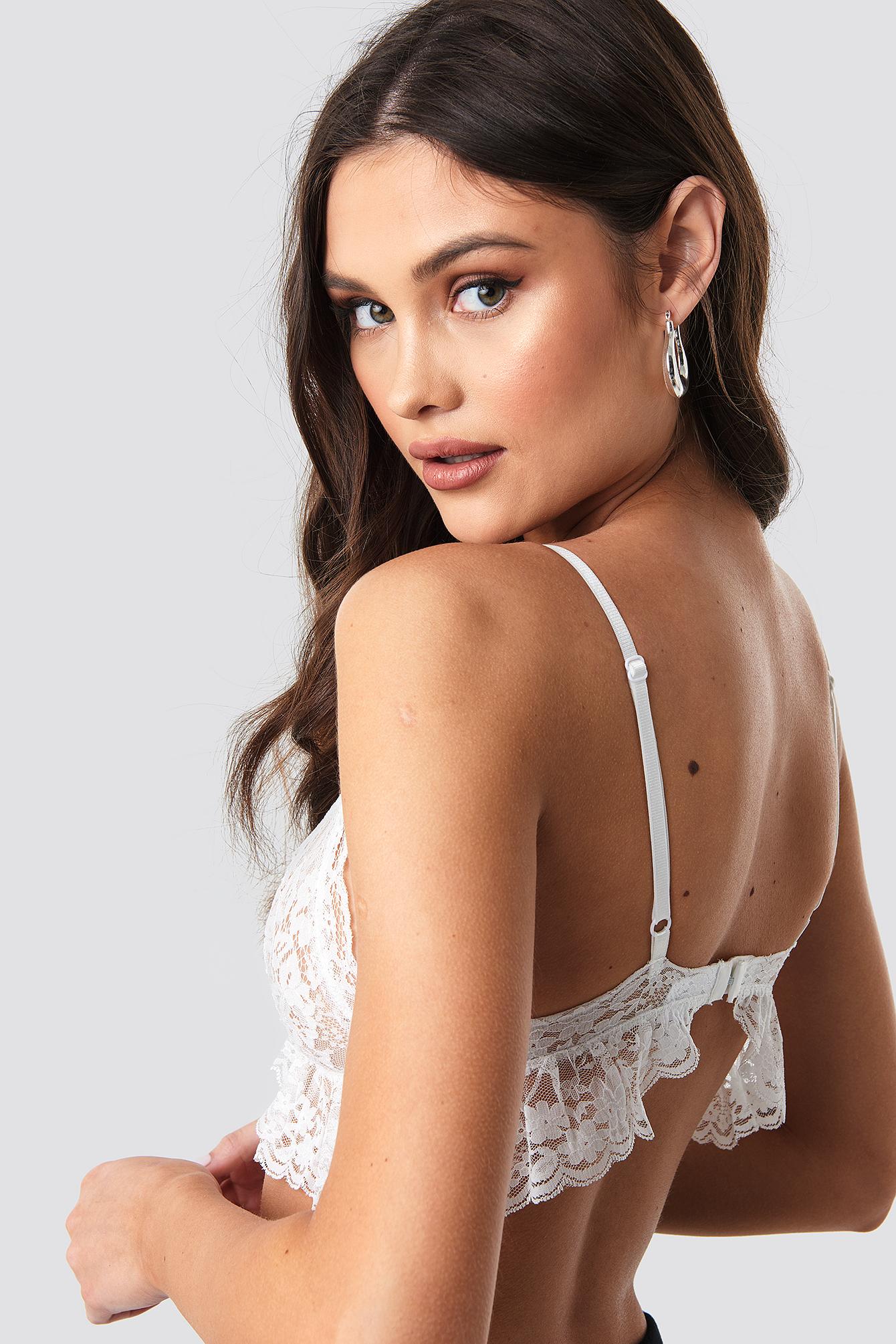 Wavy Lace Bralette NA-KD.COM