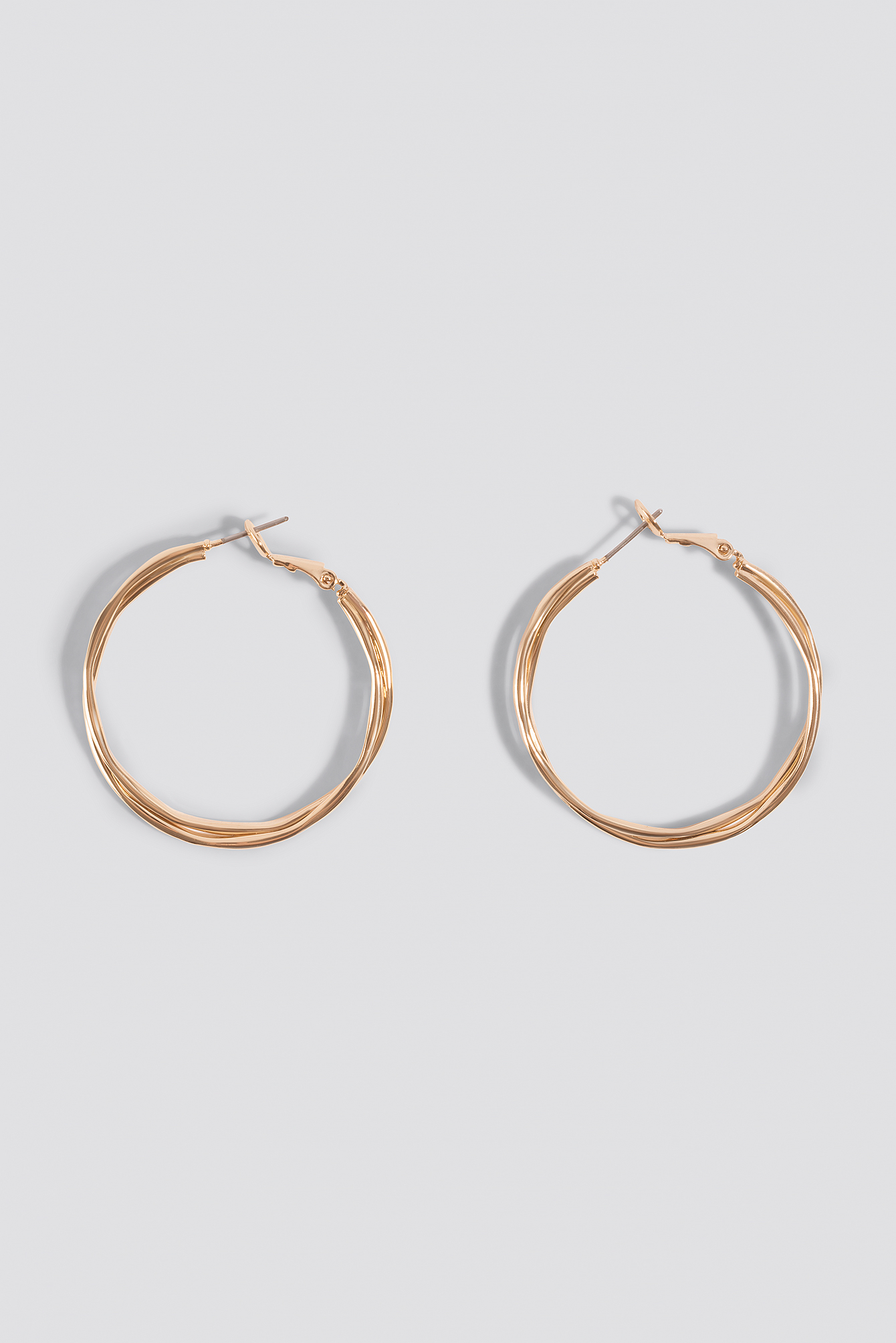 Wavy Layered Hoop Earrings NA-KD.COM