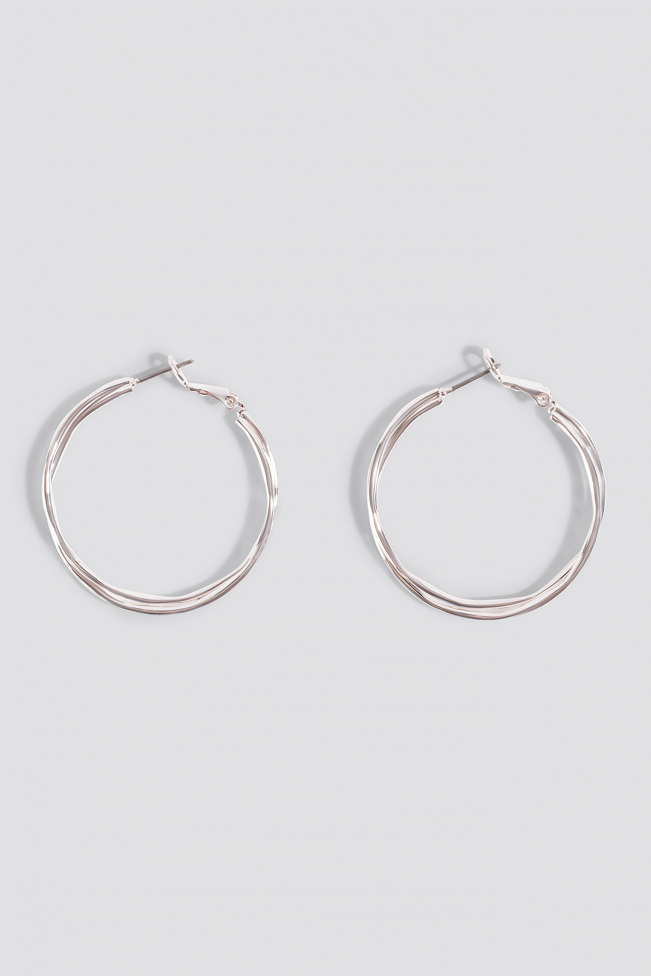 Wavy Layered Hoop Earrings NA-KD.COM