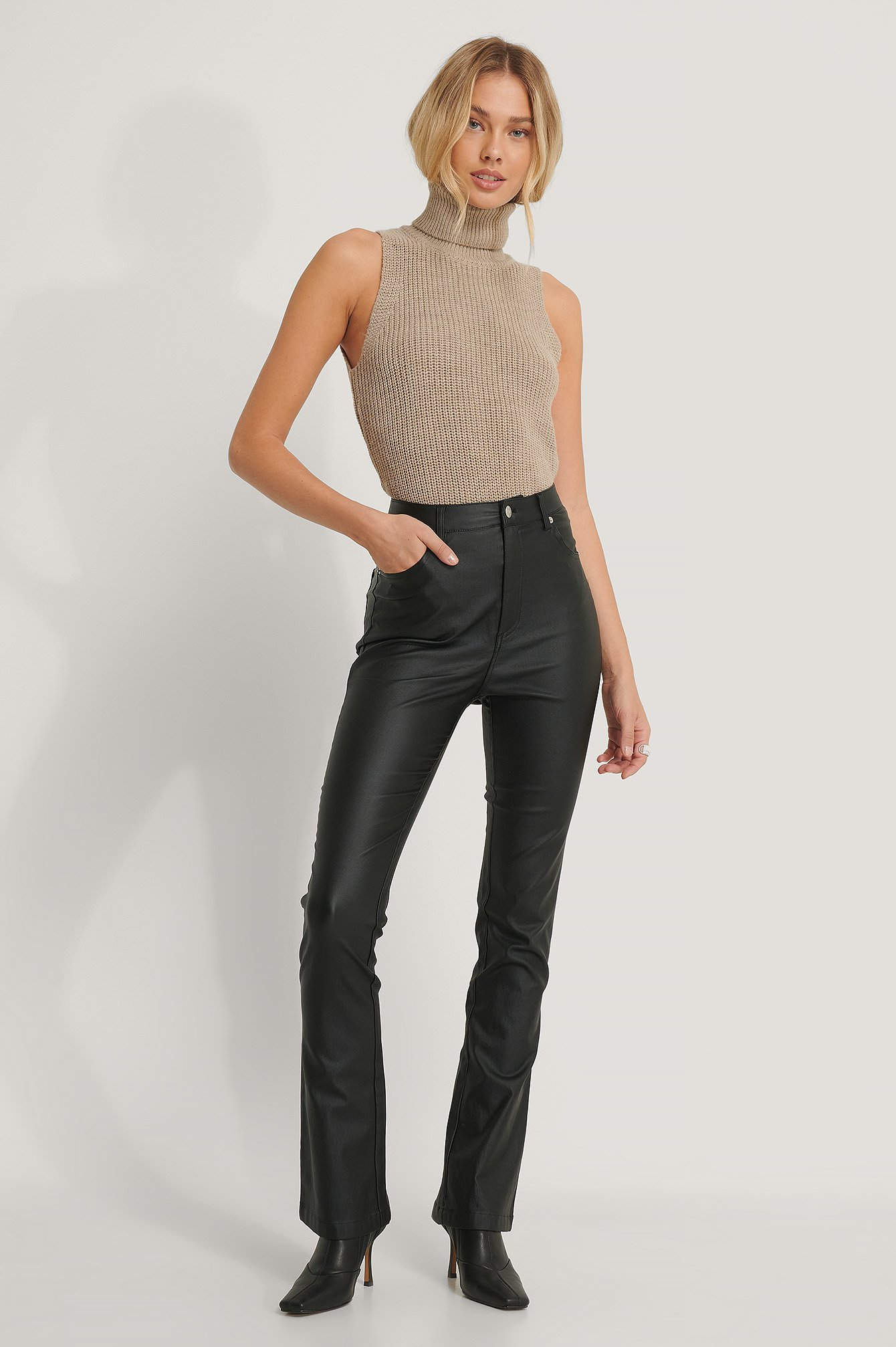 na-kd trend -  Waxed-Schlaghose - Black