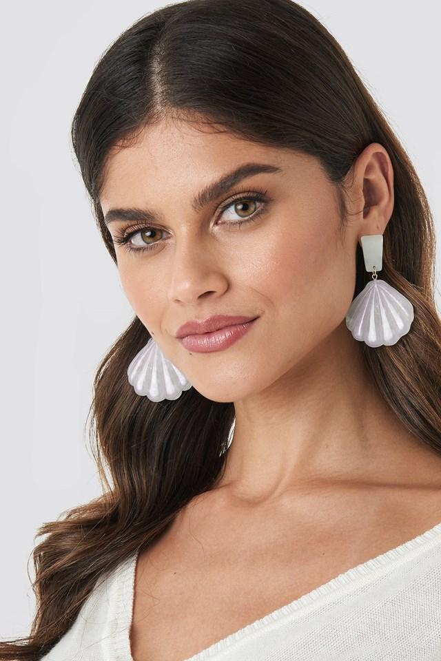 Shell Shape Drop Earrings Offwhite