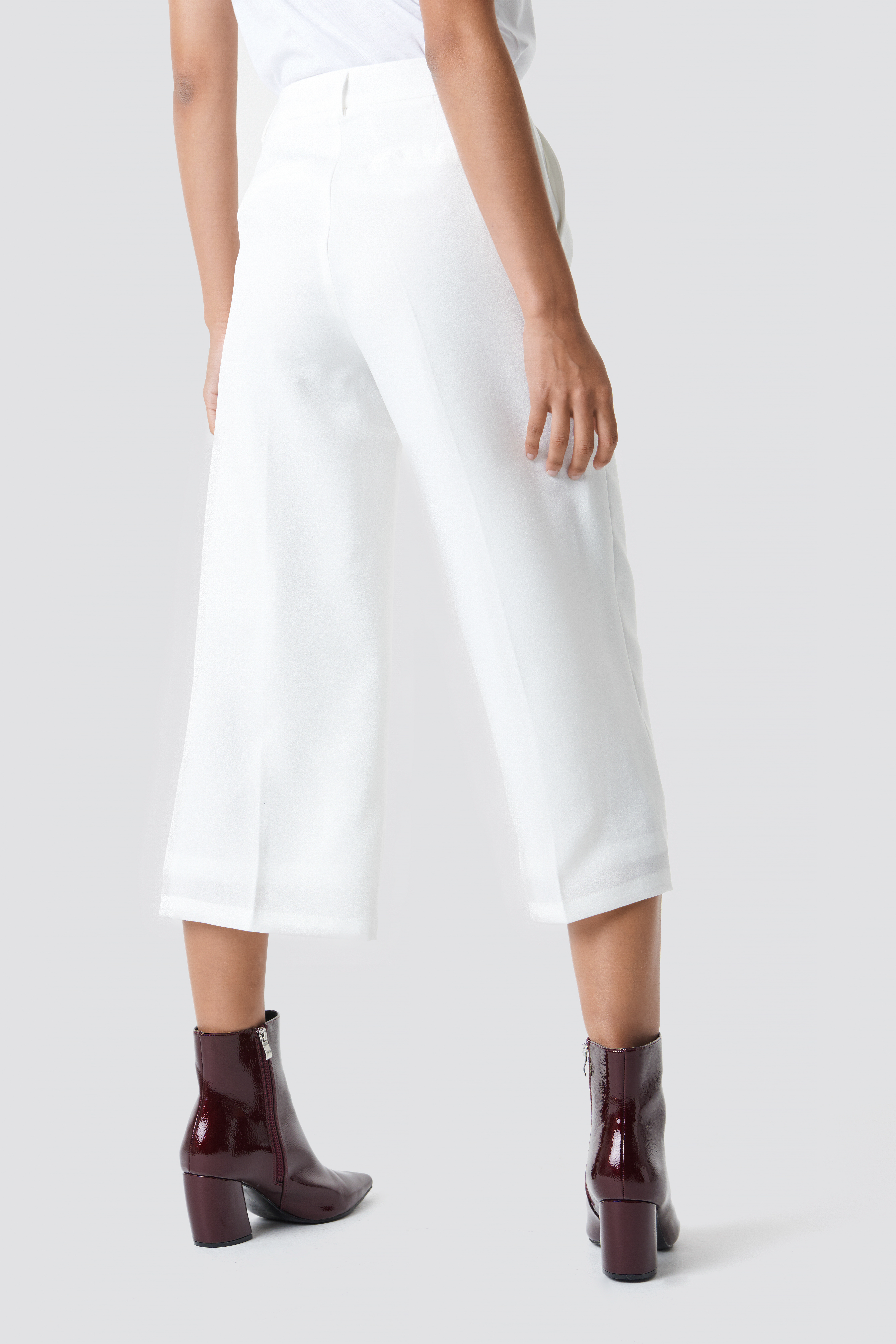 Wide Cropped Trousers NA-KD.COM