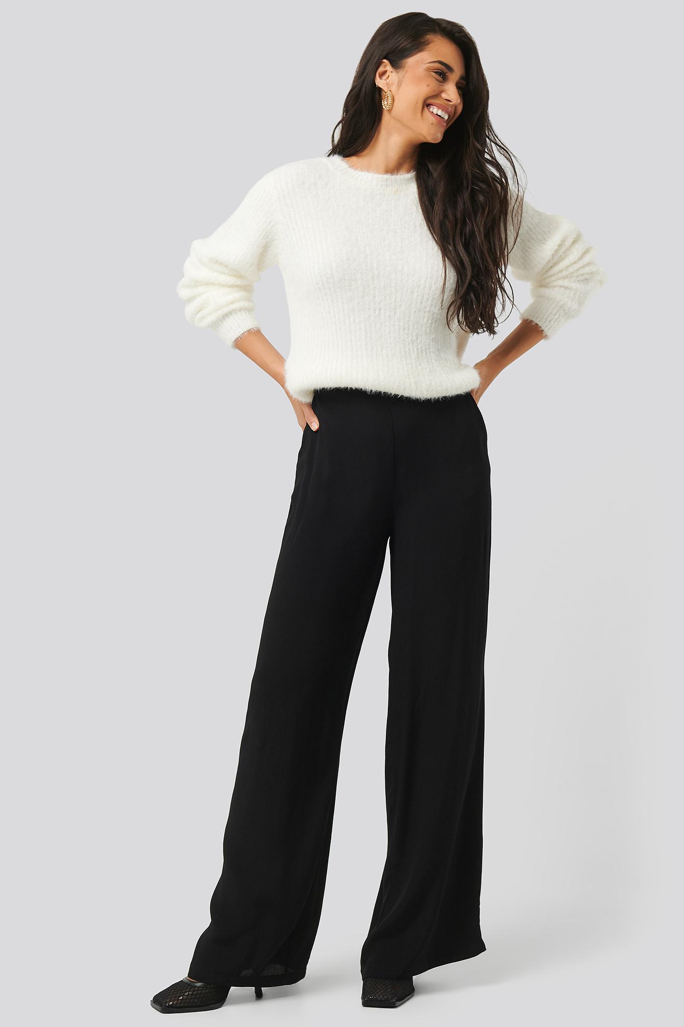na-kd -  Wide Flowy Pants - Black