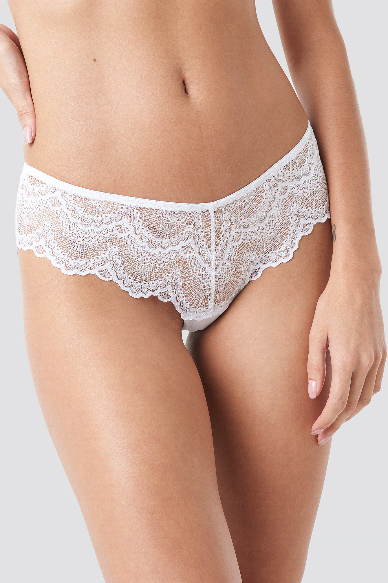 Wide Lace Hipster NA-KD.COM