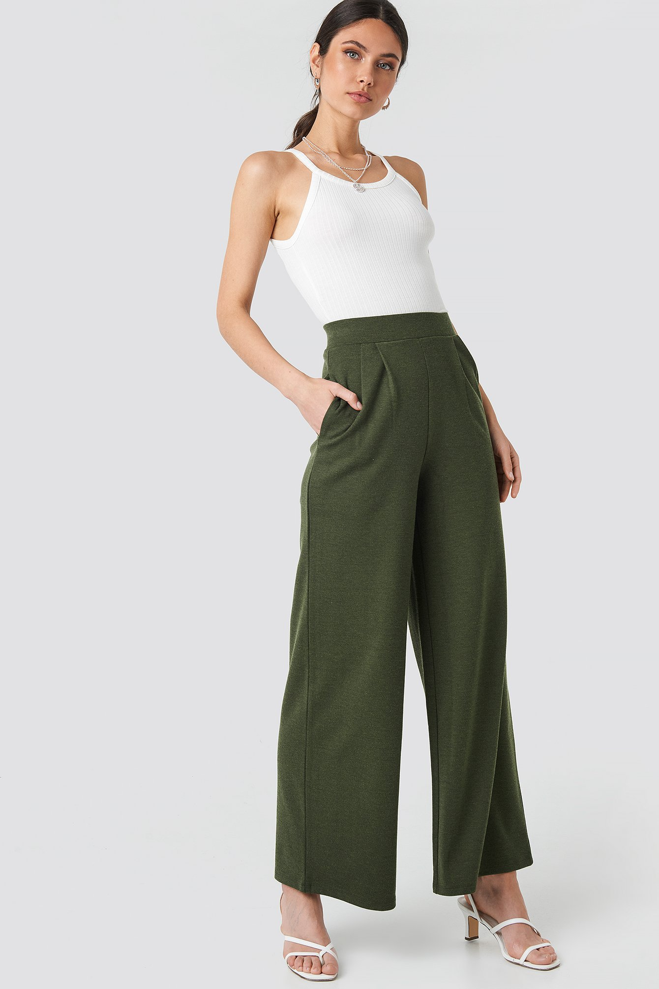 Wide Leg Pleated Trousers NA-KD.COM