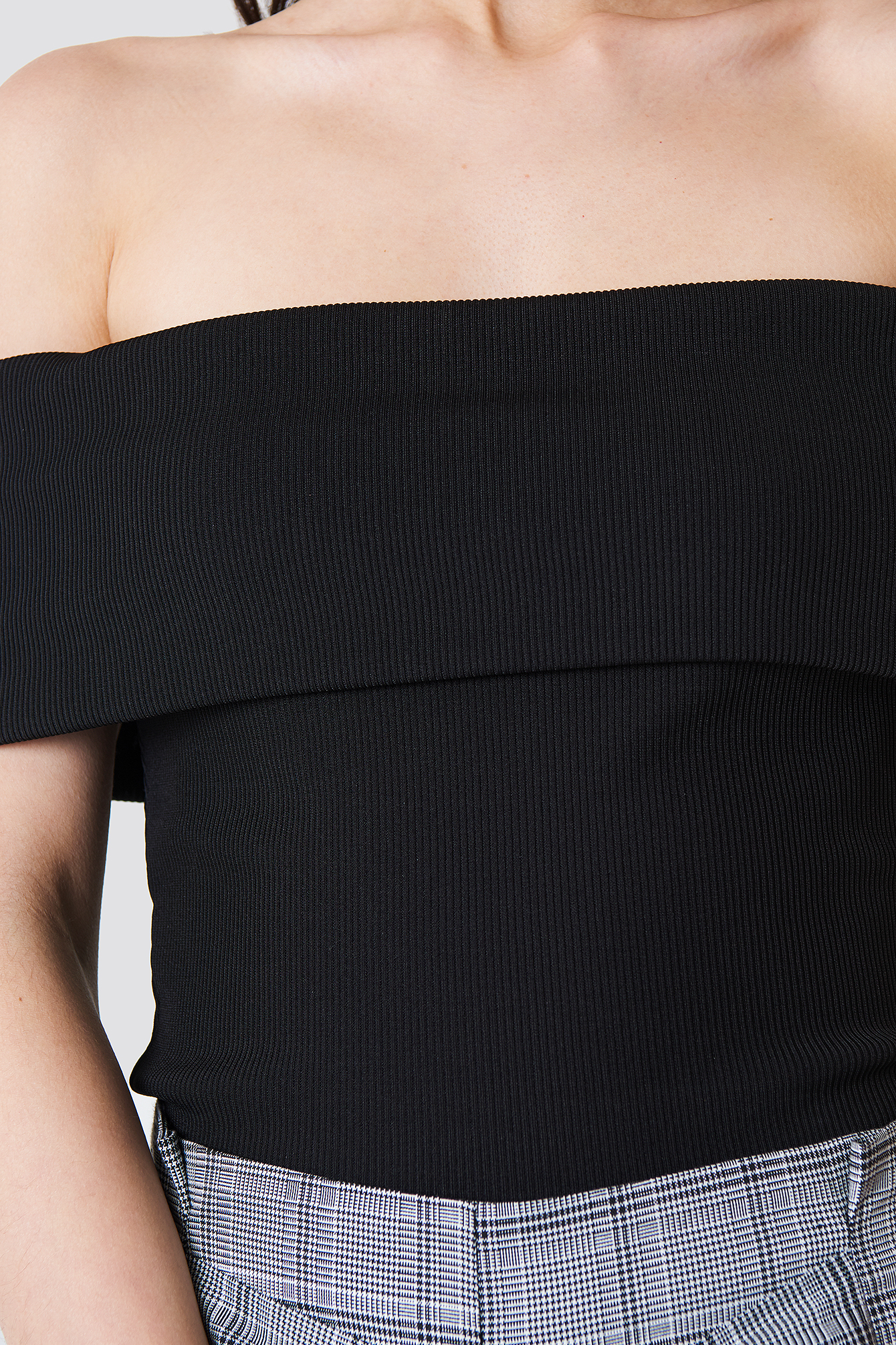 Wide Off Shoulder Cropped Top NA-KD.COM