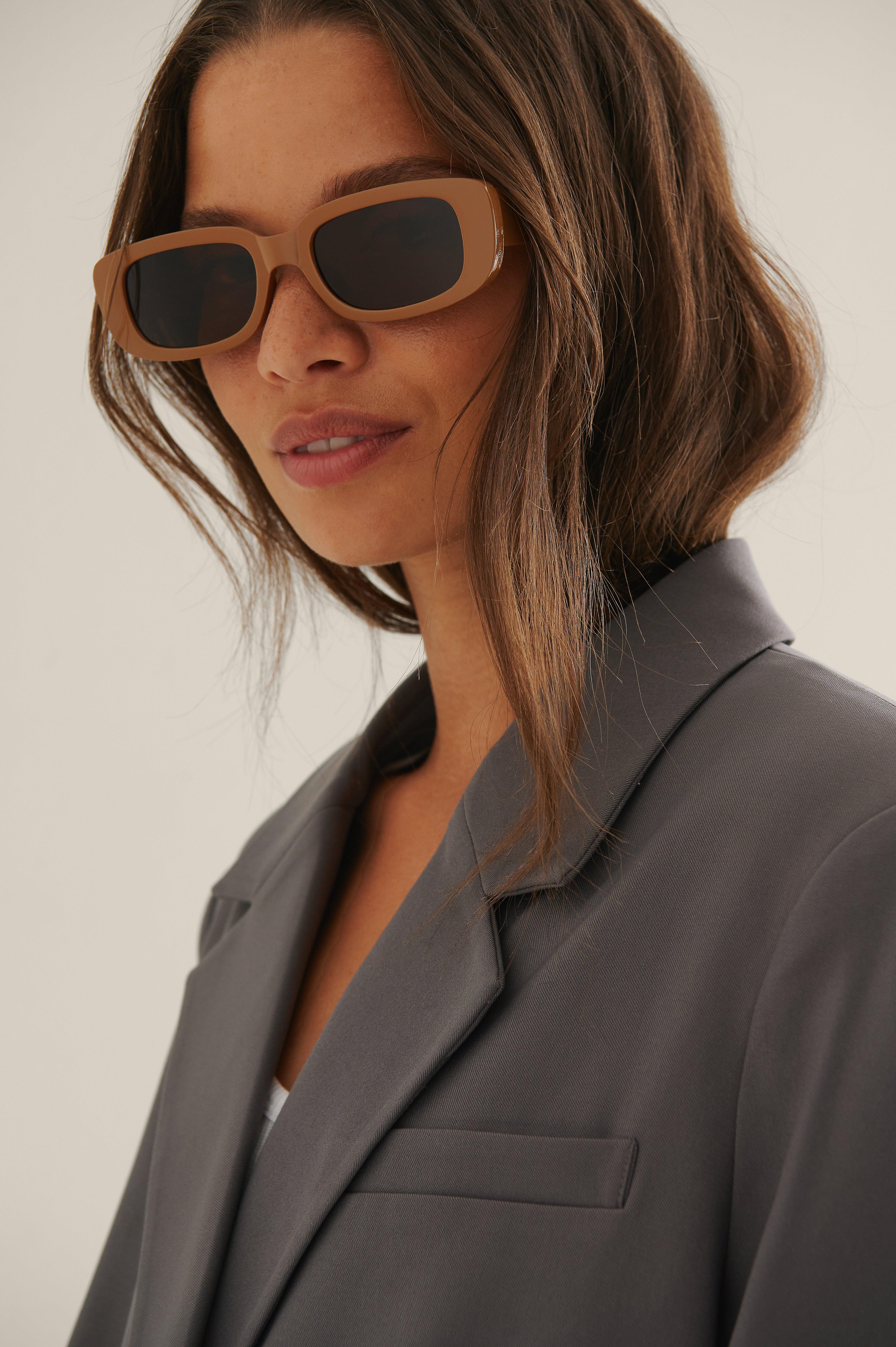 na-kd accessories -  Sonnenbrille Mit Breitem Retro-Brillengestell - Beige
