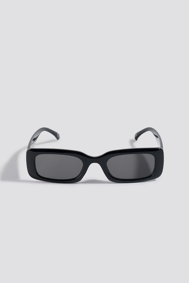 Wide Retro Look Sunglasses Black