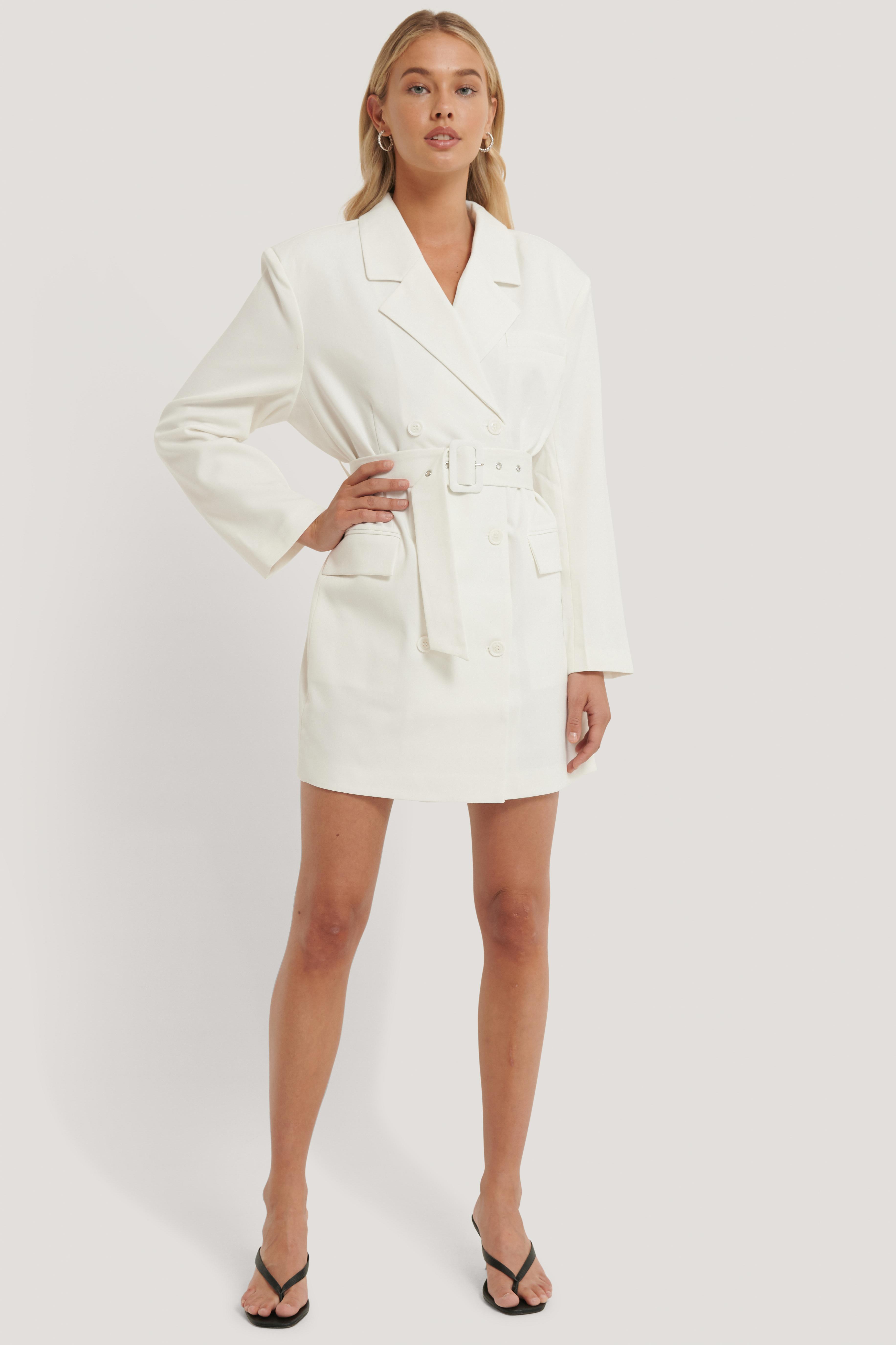na-kd classic -  Wide Shoulder Belted Blazer Dress - White
