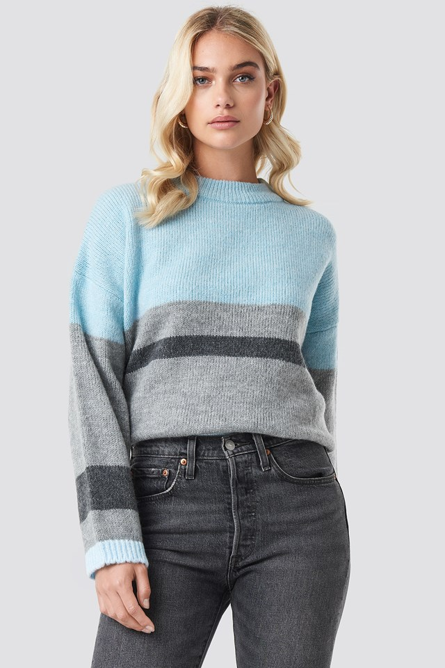 Wide Sleeve Blocked Colour Sweater Blue