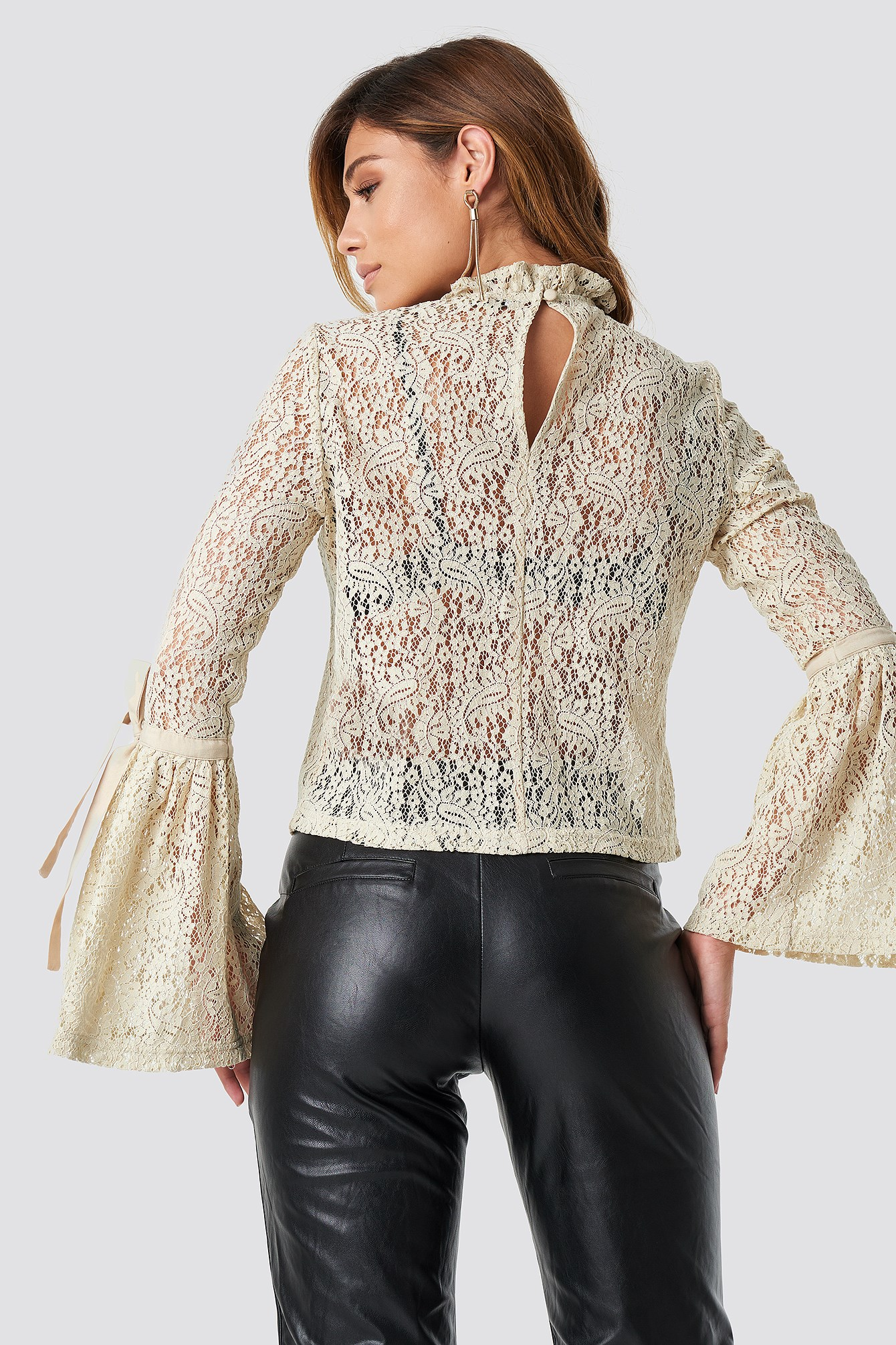 Wide Sleeve Lace Top NA-KD.COM