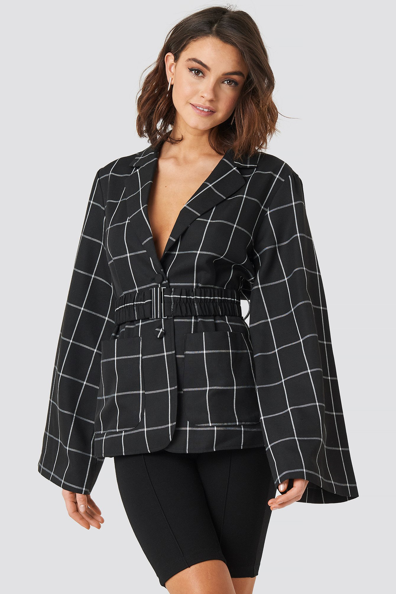 Black Wide Sleeve Marked Waist Blazer