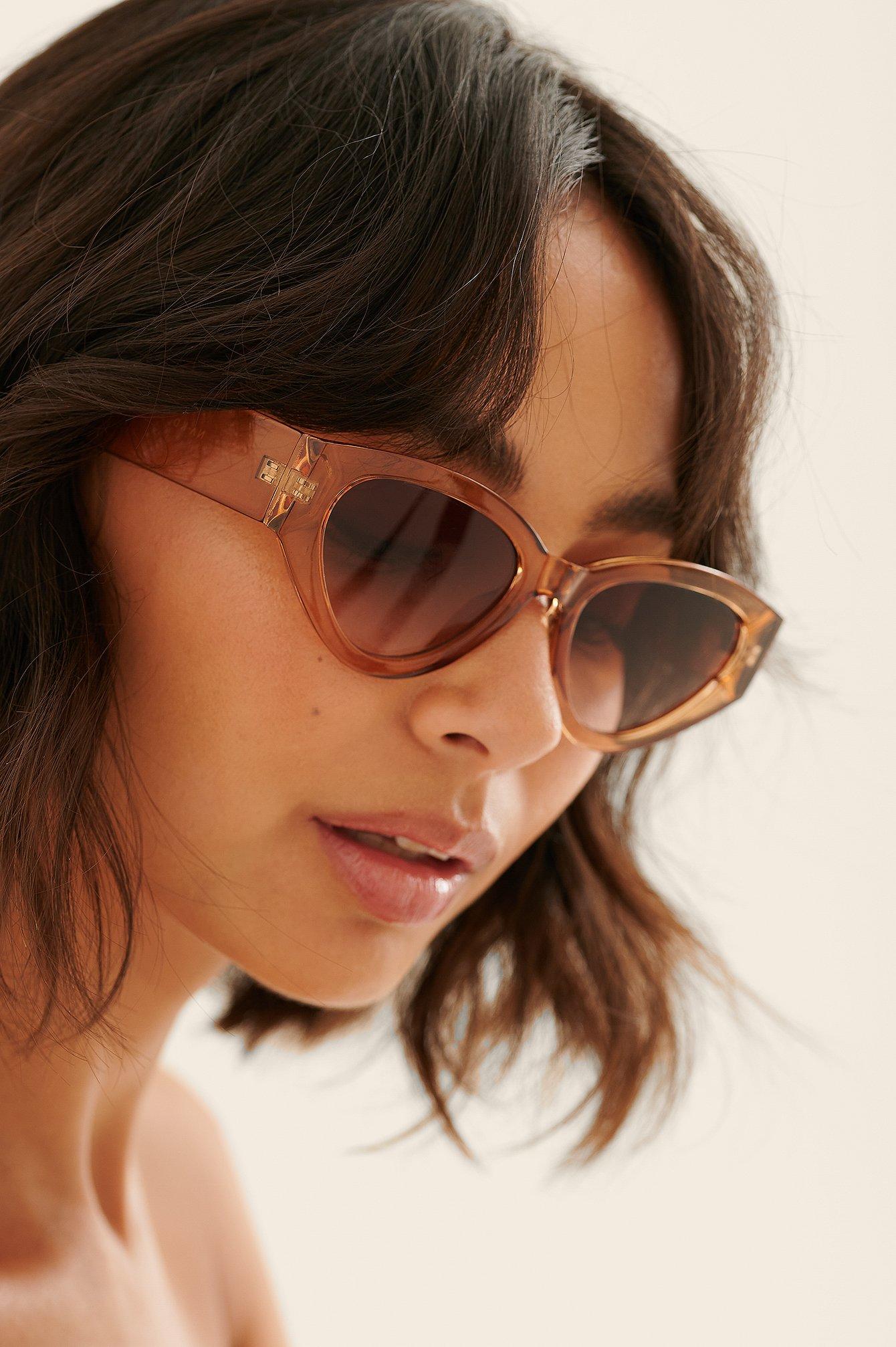 na-kd accessories -  Breite Cateye-Sonnenbrille - Beige