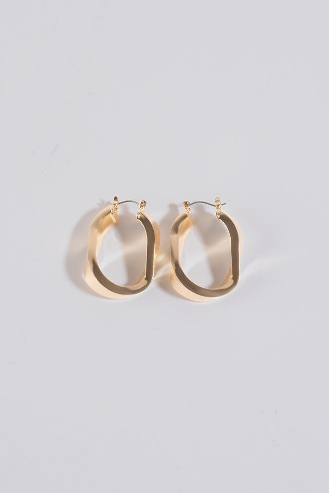 Wide Twisted Oval Hoops Gold