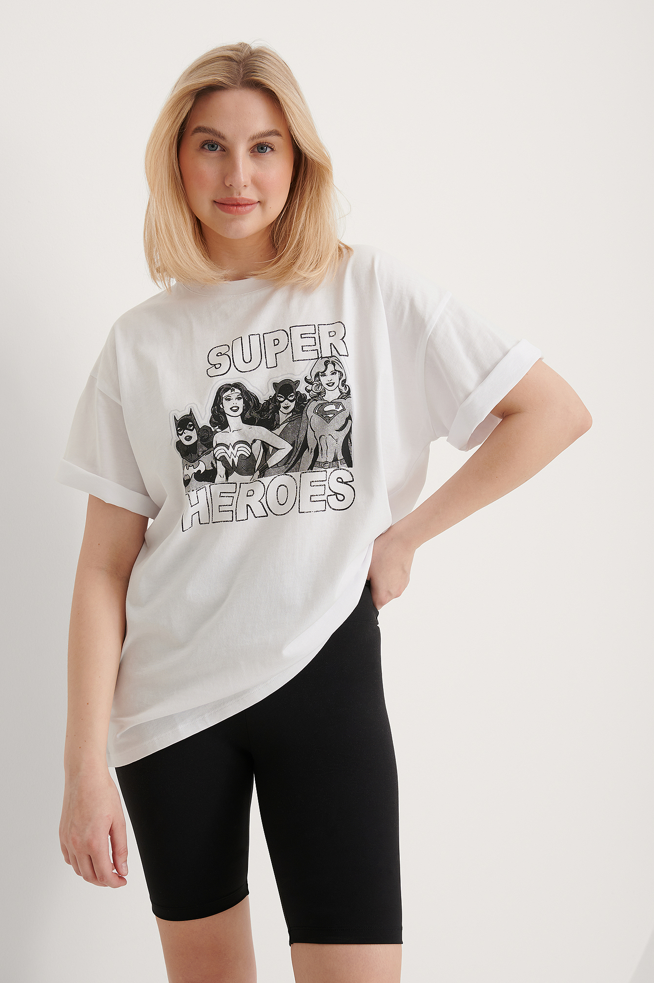White International Heroes Wonder Woman Oversized T-shirt