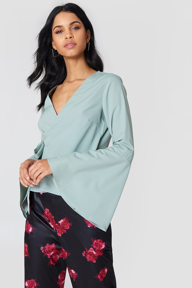 Wrap Over Bell Sleeve Top NA-KD.COM