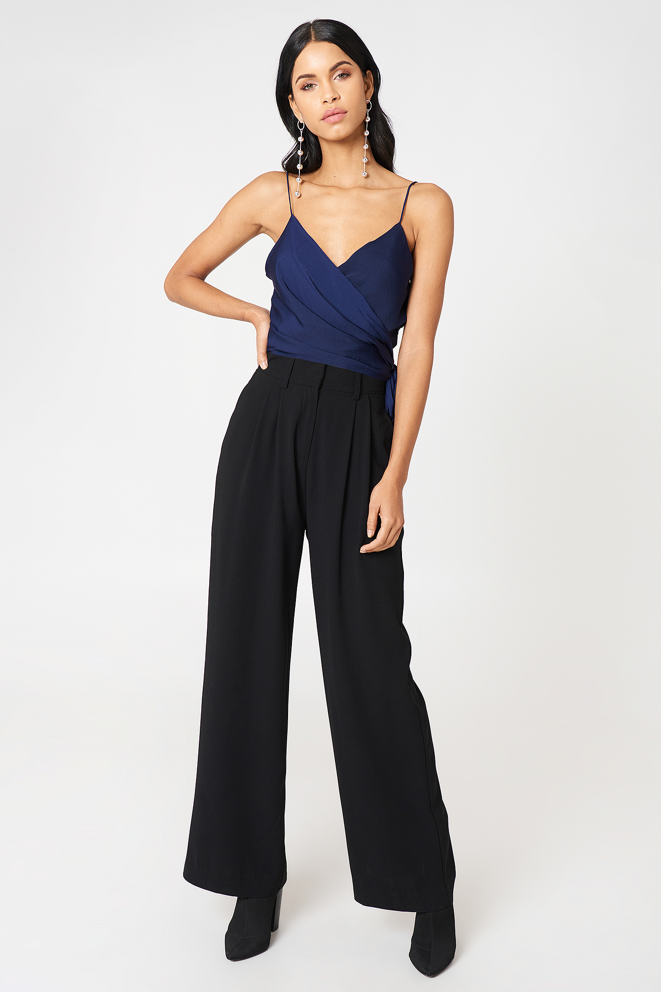 Wrap Over Cropped Singlet NA-KD.COM