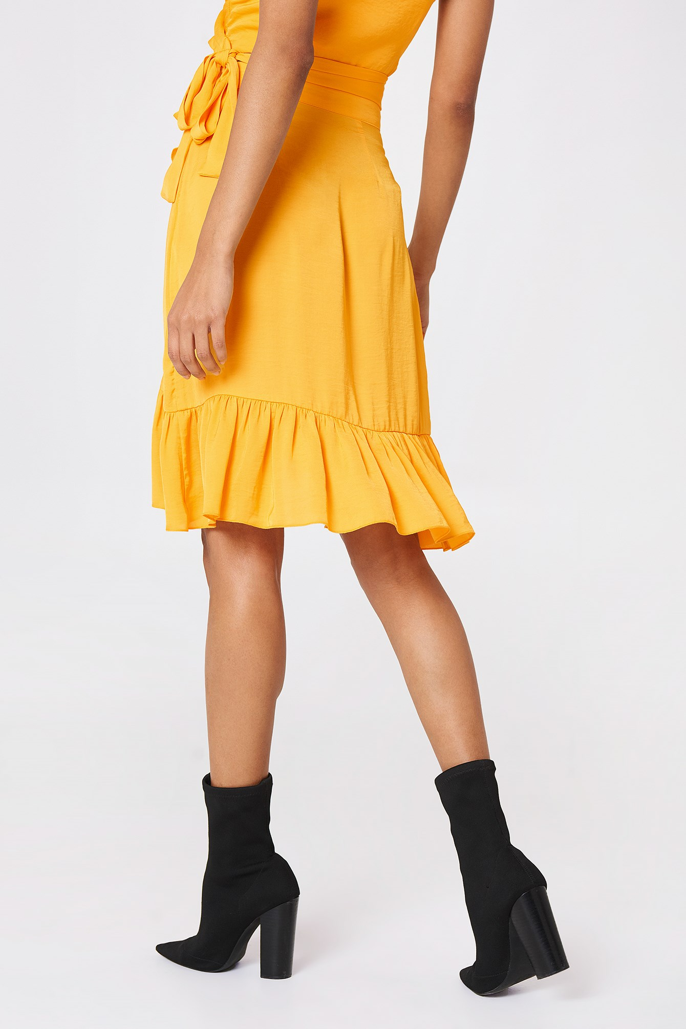 Wrap Over Frill Skirt NA-KD.COM