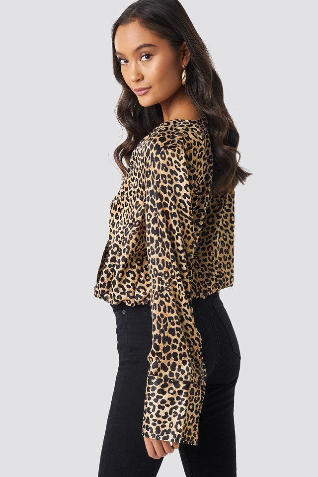 Wrap Satin Top Leoprint