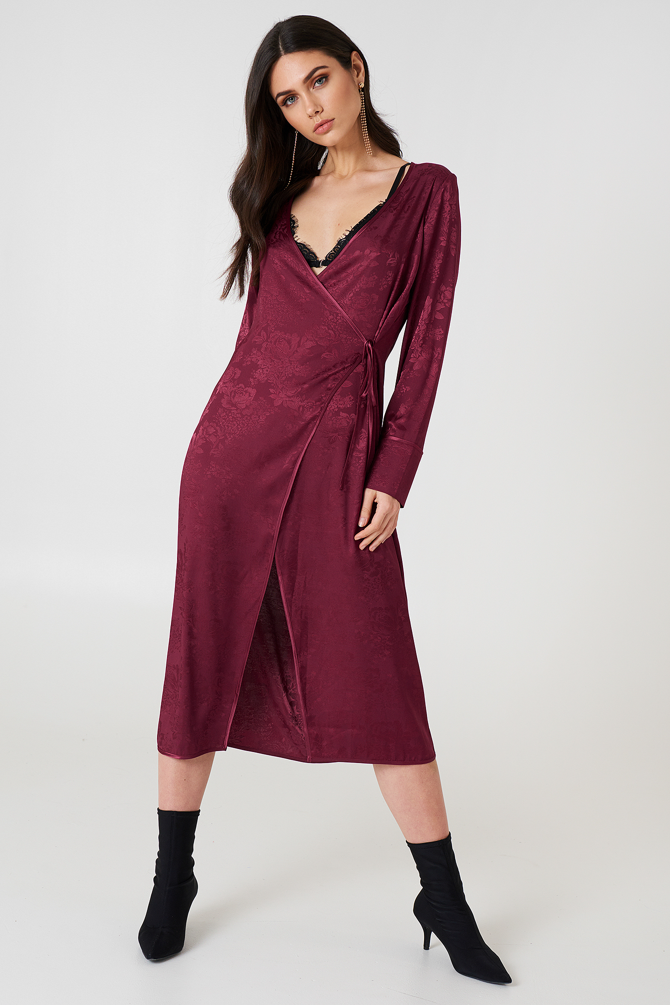 NA-KD Boho Wrapped Jacquard Satin Dress - Burgundy