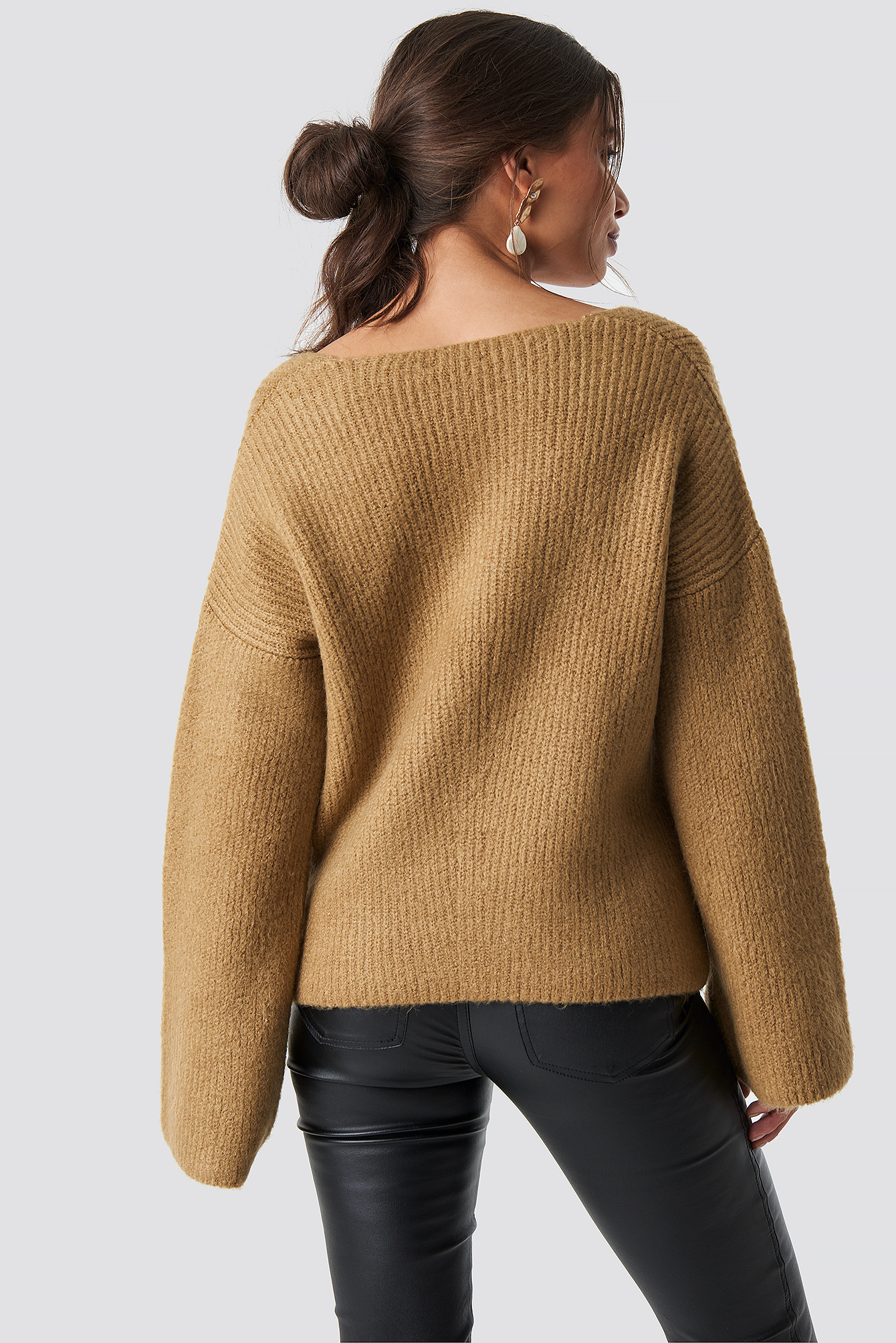 Loose Fit Knitted Sweater NA-KD.COM