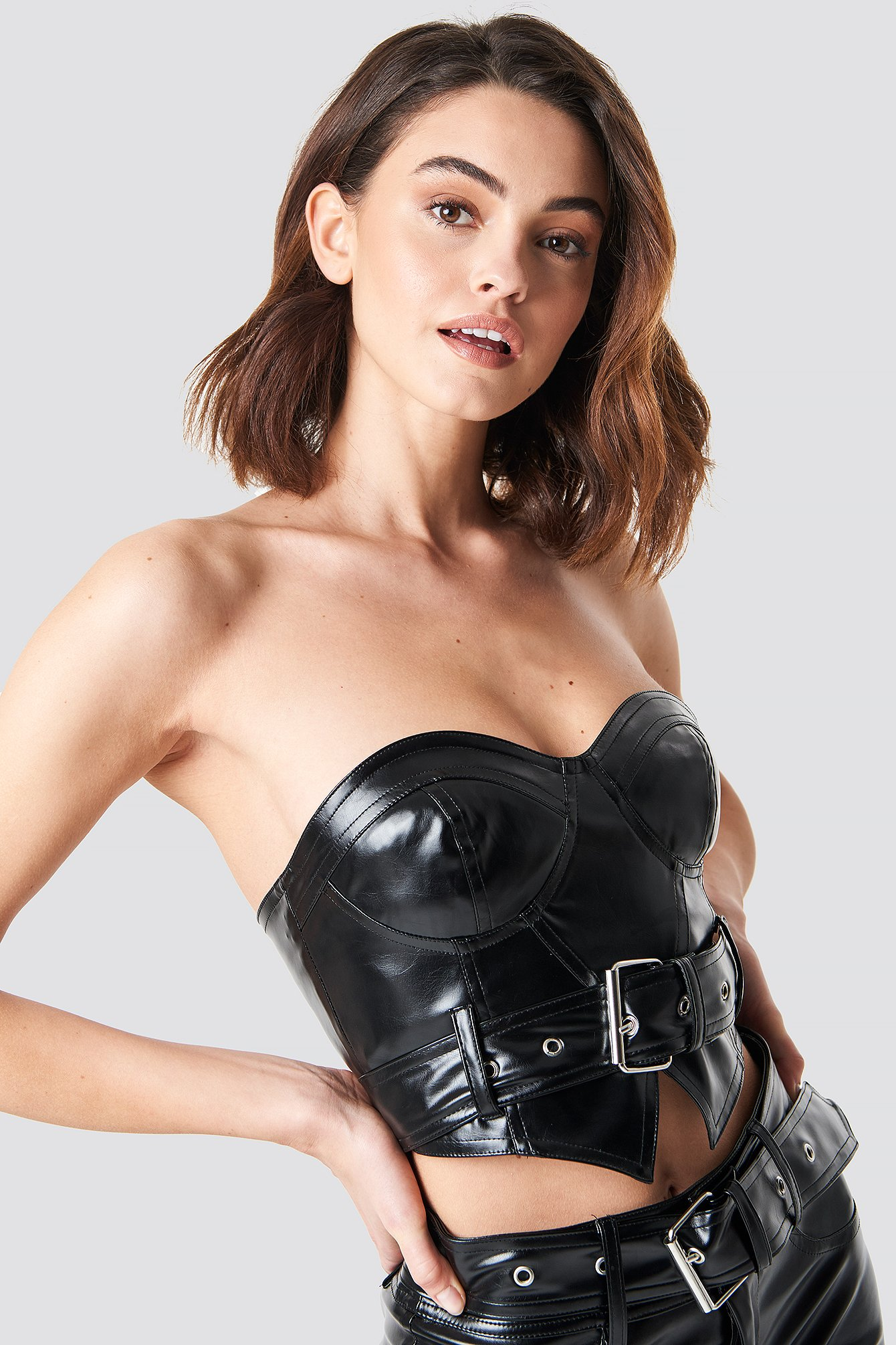 xle the label -  Amanda Belted Bustier - Black