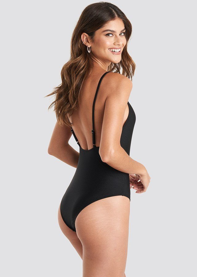Zig-Zag Seam Swimsuit Black