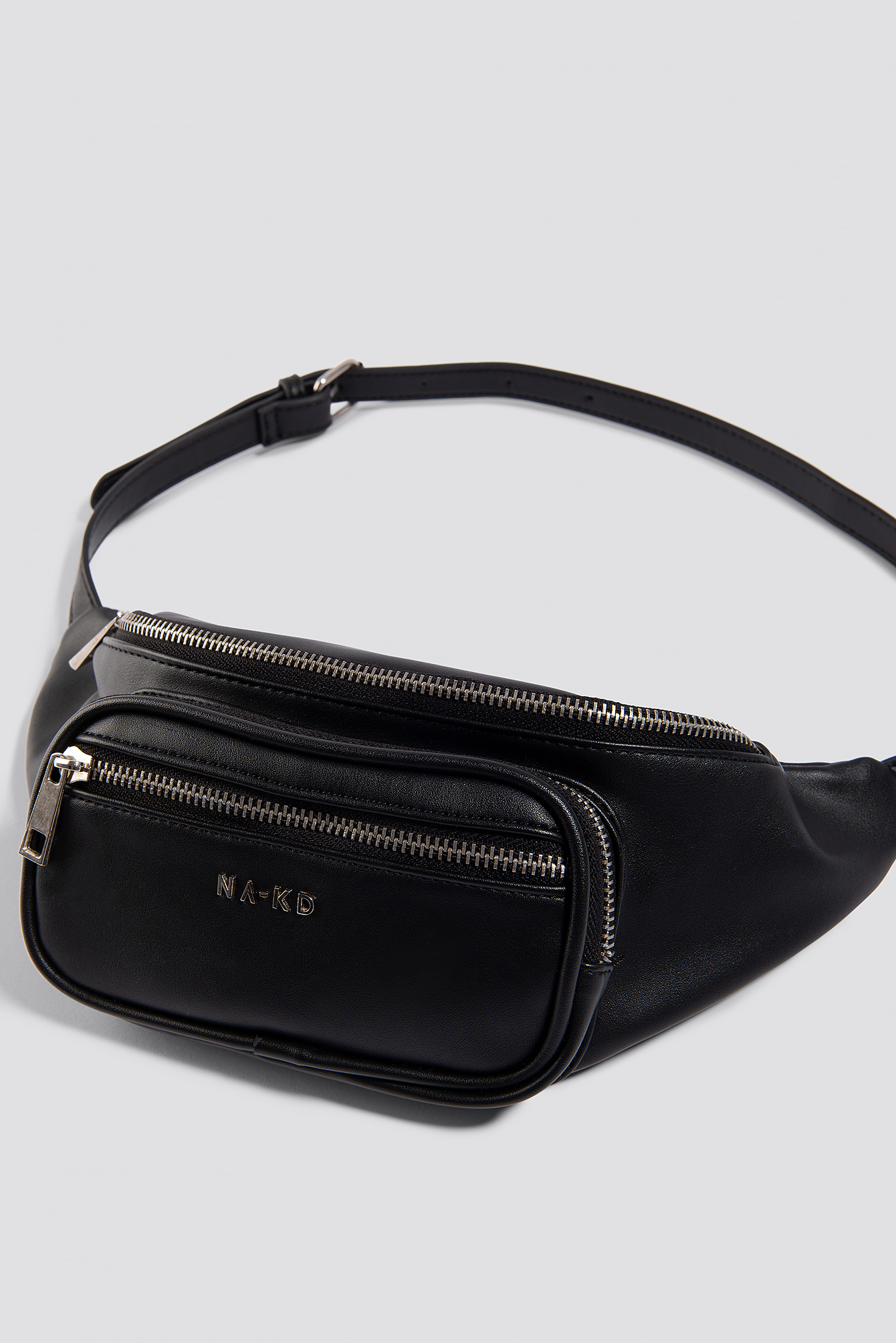 Zipper Detail Fanny Pack NA-KD.COM