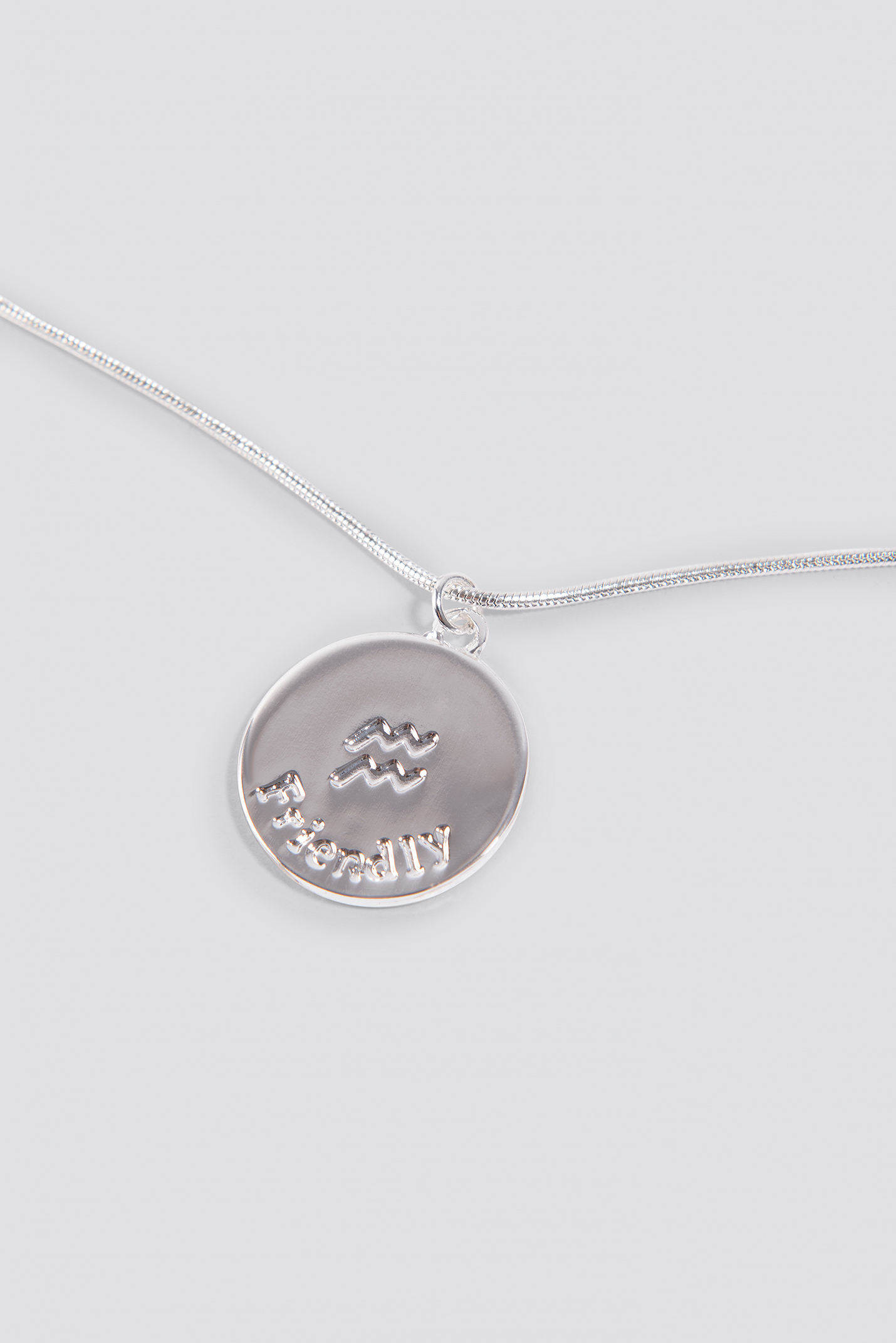 Zodiac Aquarius Necklace NA-KD.COM