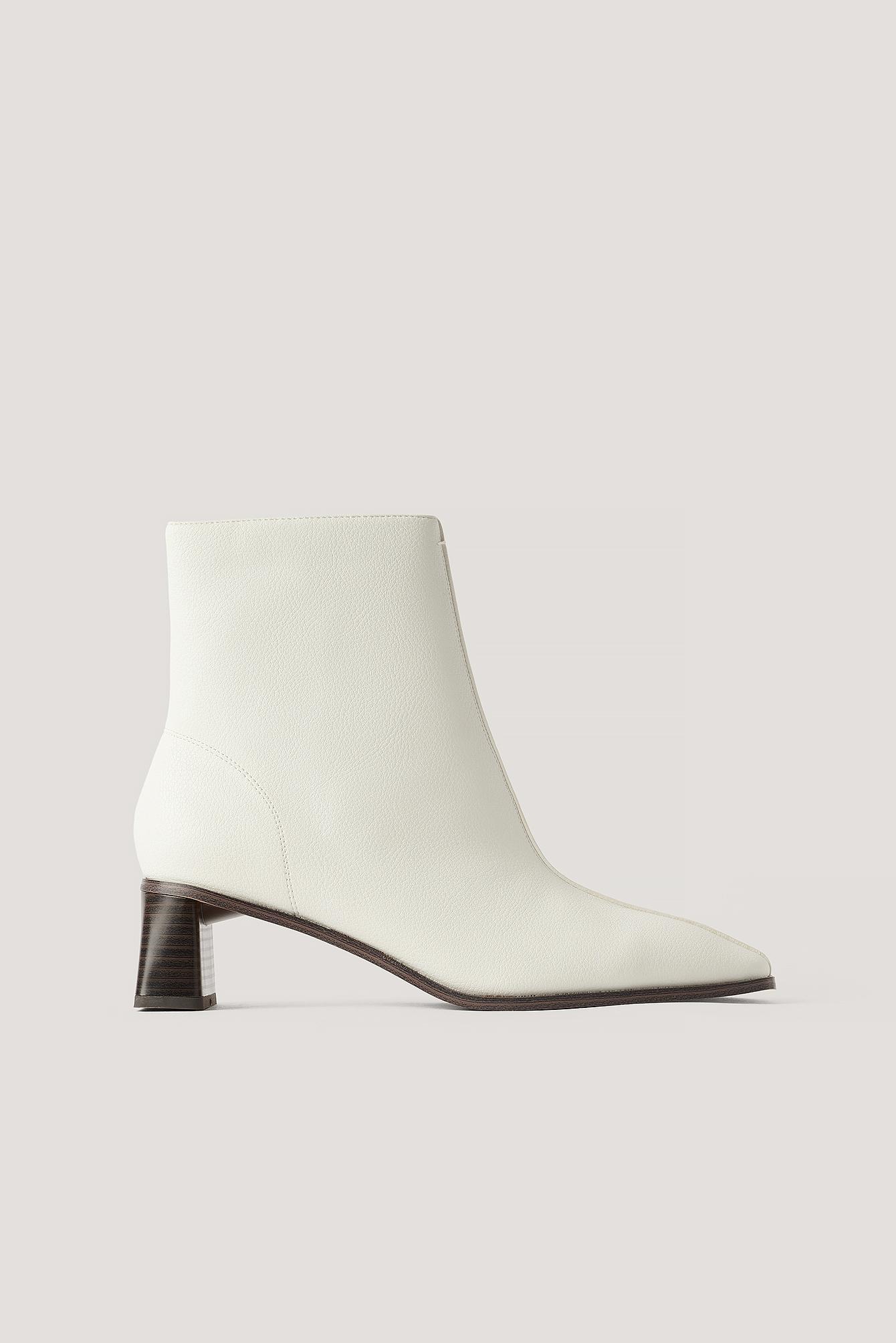 na-kd shoes -  Stiefel Mit Zylinderabsatz Und Eckiger Zehenpartie - Offwhite