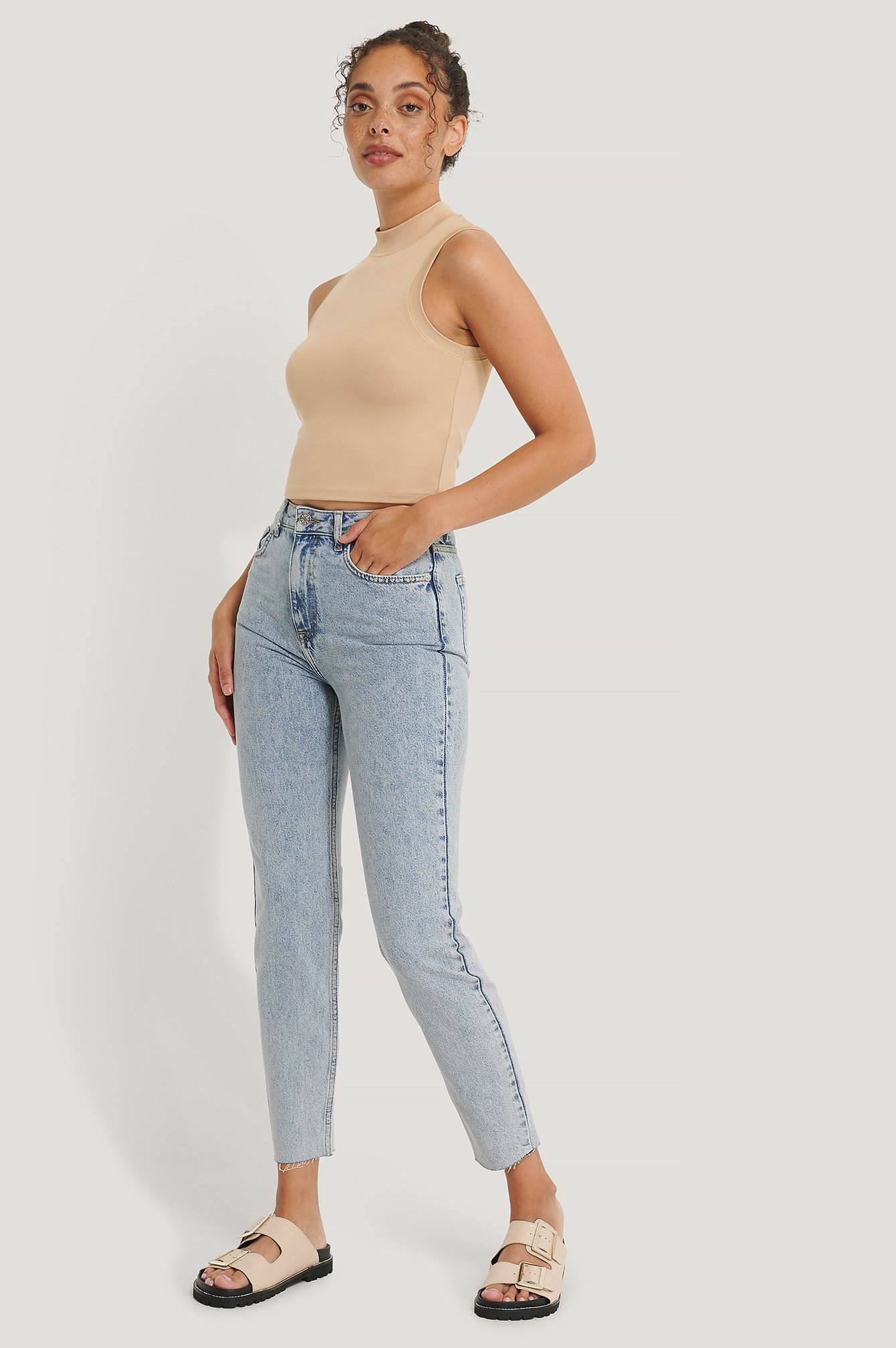 Light Blue Organisch Schmale Stone-Washed-Jeans Mit Hoher Taille
