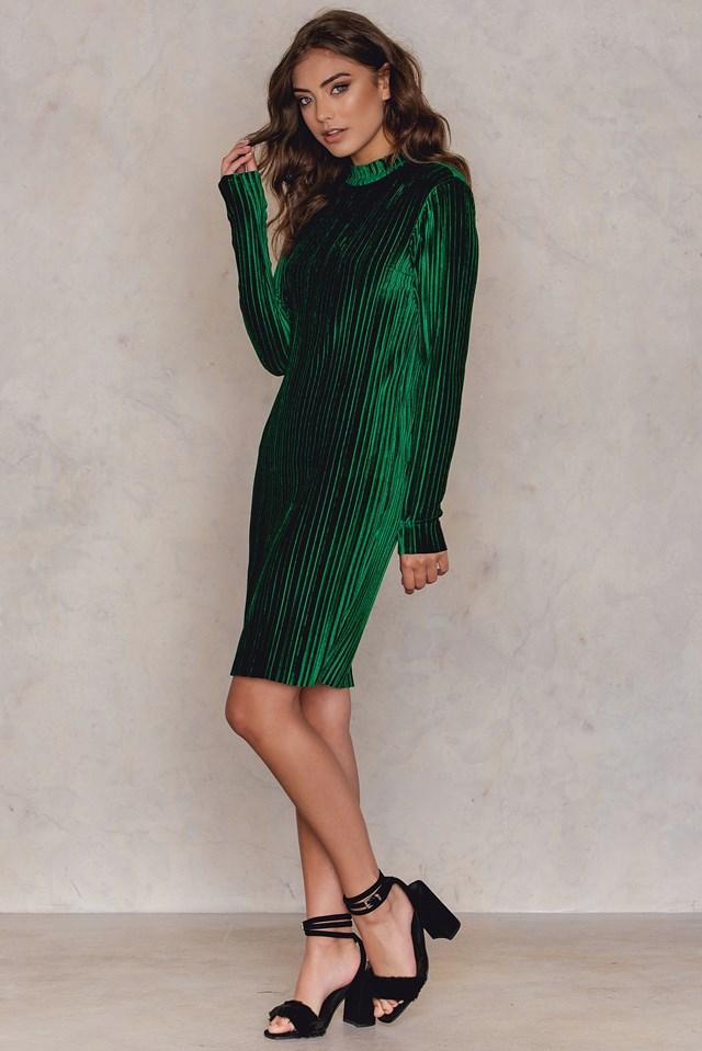Velvet Pleat High Neck Dress Green